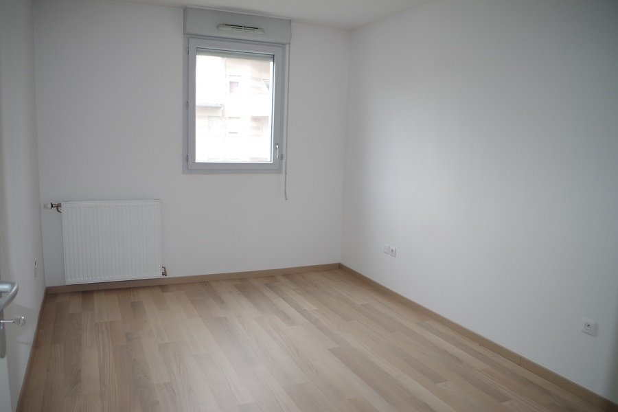 Appartement T3 - 61 m² - TOULOUSE 3 COCUS