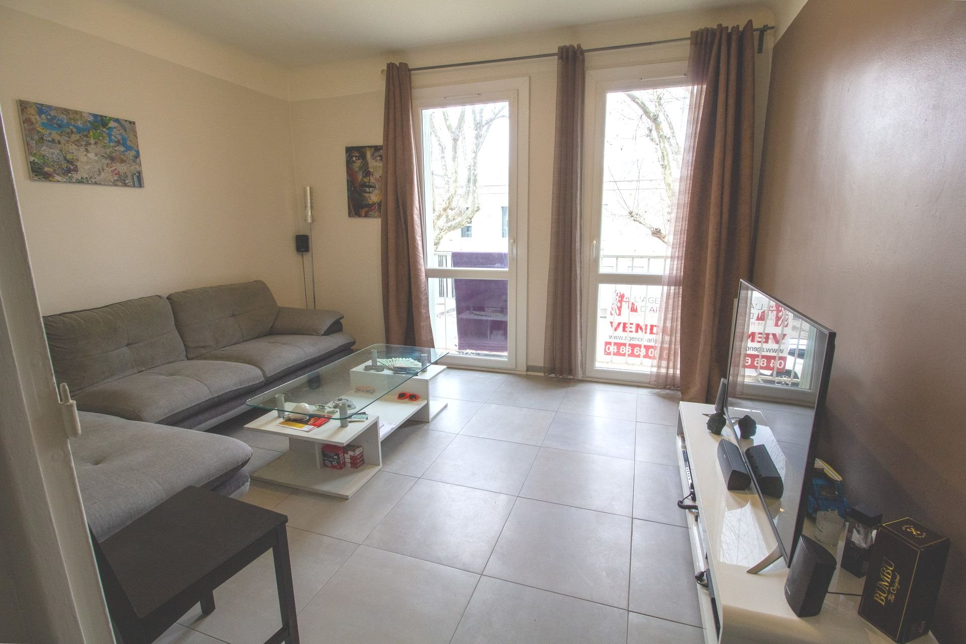 One bedroom apartment for sale in Arles close to historic center