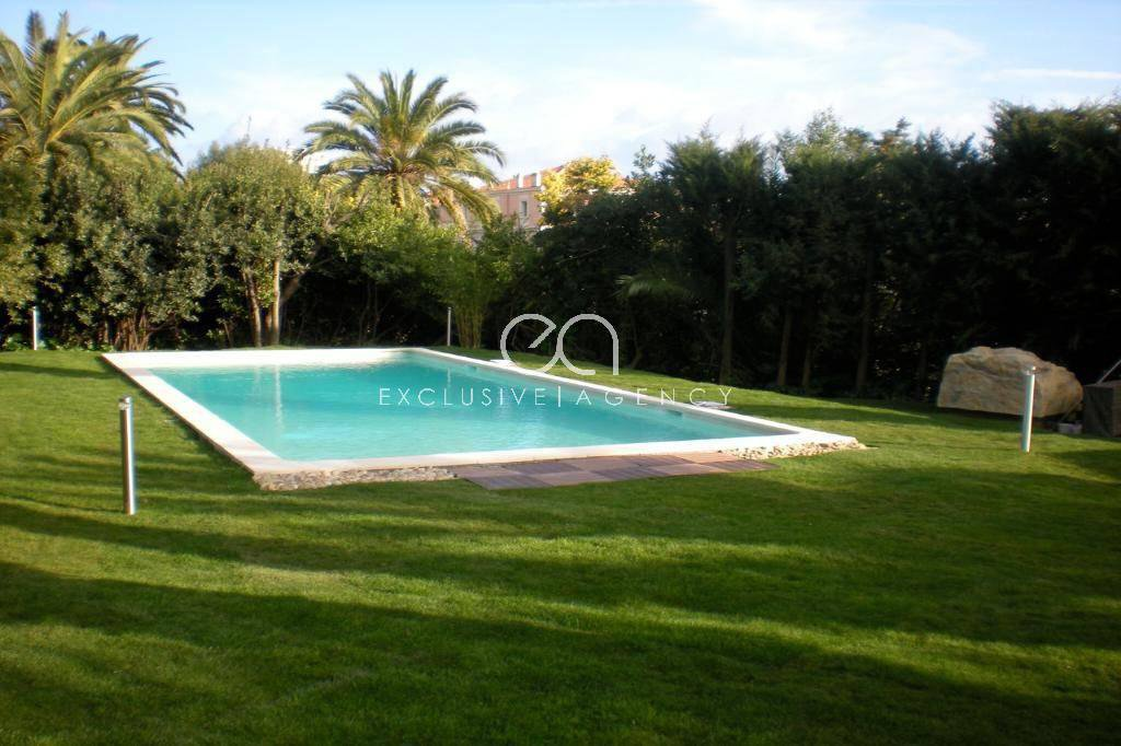 Cannes weekly rental 5 rooms 220m² apartment and private pool.