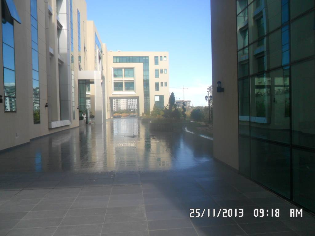 Rental Premises - Les Berges du Lac - Tunisia