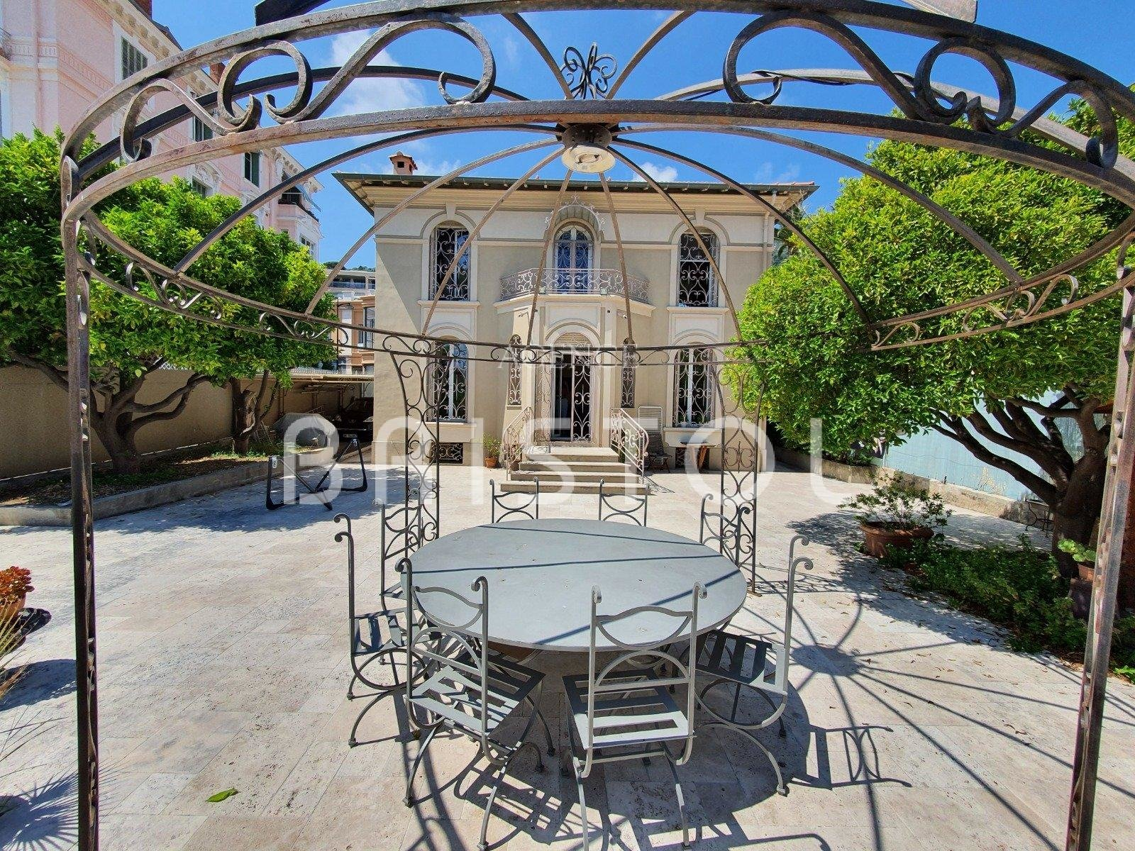Lovely town house in the heart of Beaulieu sur Mer