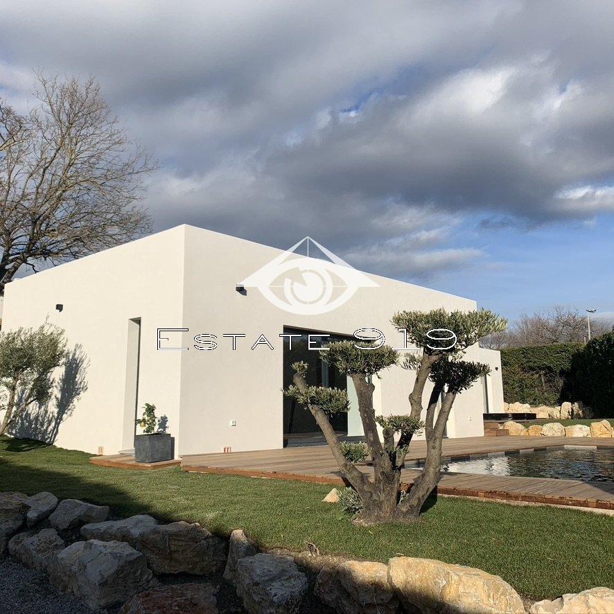 CHATEAUNEUF Villa contemporaine
