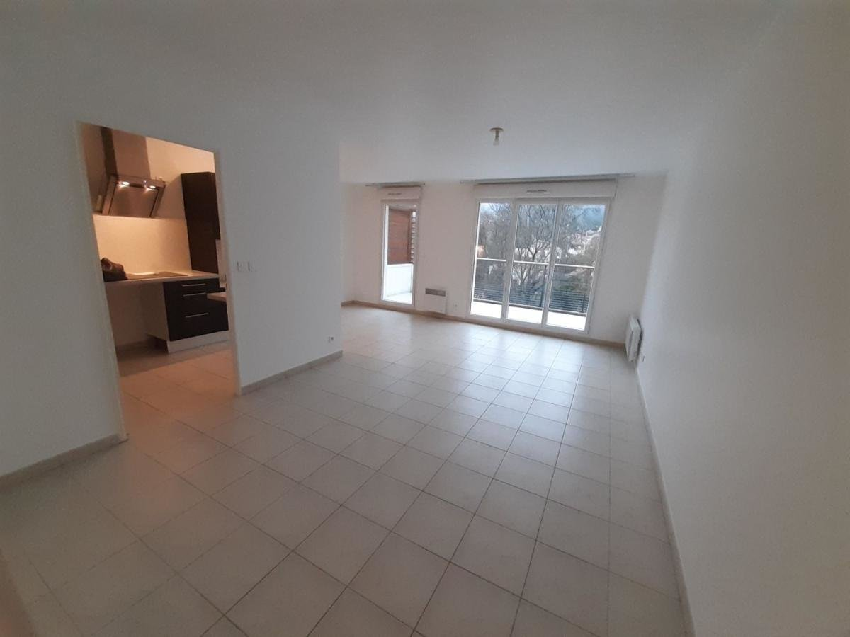 Appartement type 3, 59.90m², 2 chambres, garage
