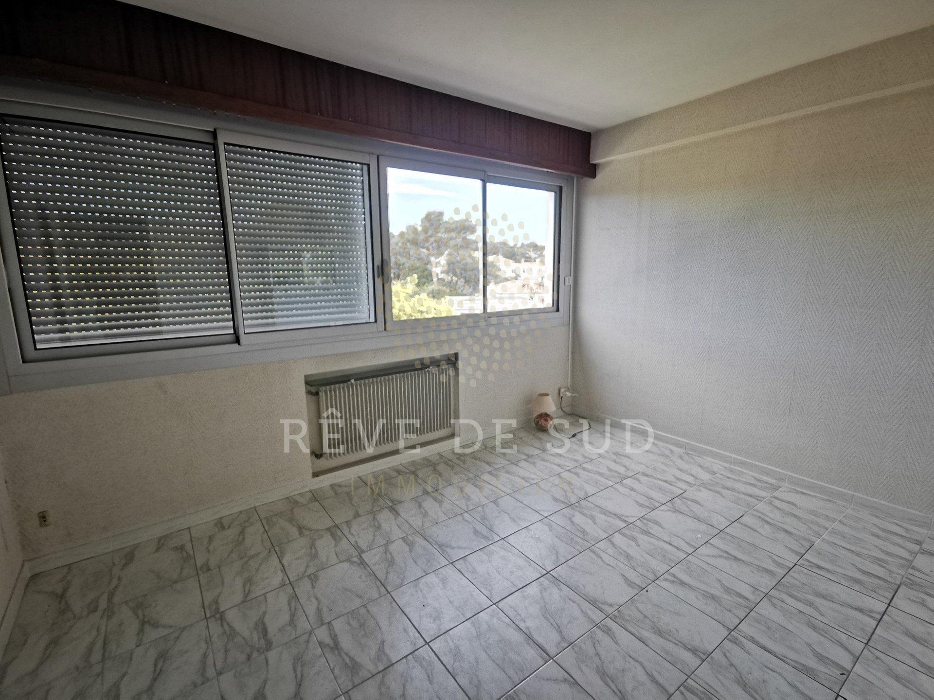 * New * 3 Rooms Apartment in Saint-Aygulf