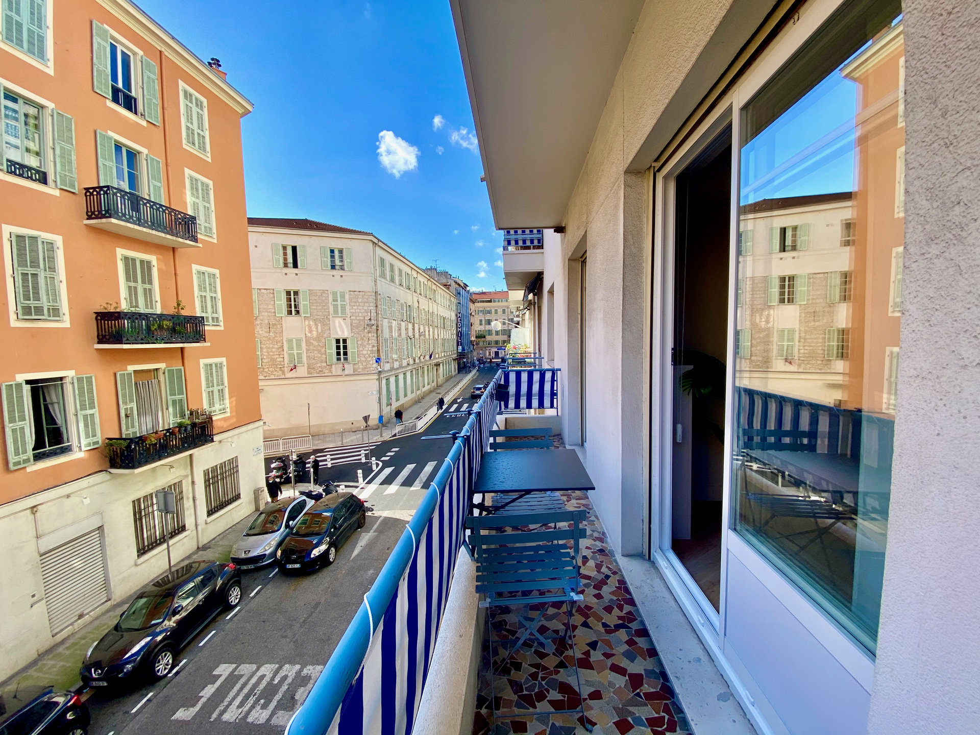 NICE GARIBALDI - Amazing one bedroom renovated with balcony
