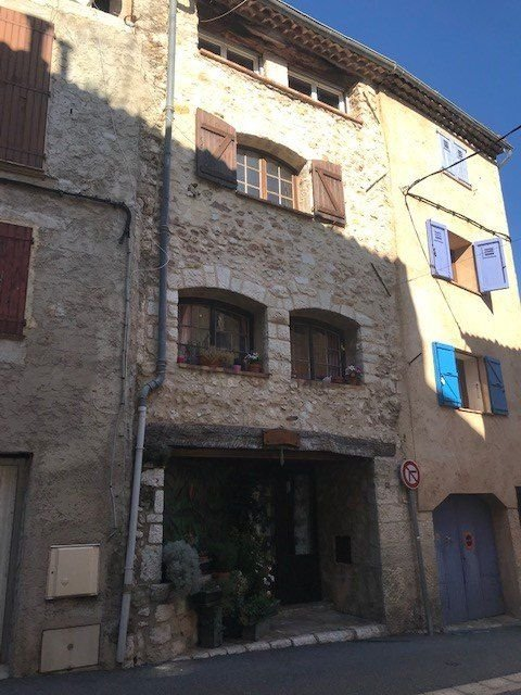 FOR SALE GREOLIERES VILLAGE APARTMENT