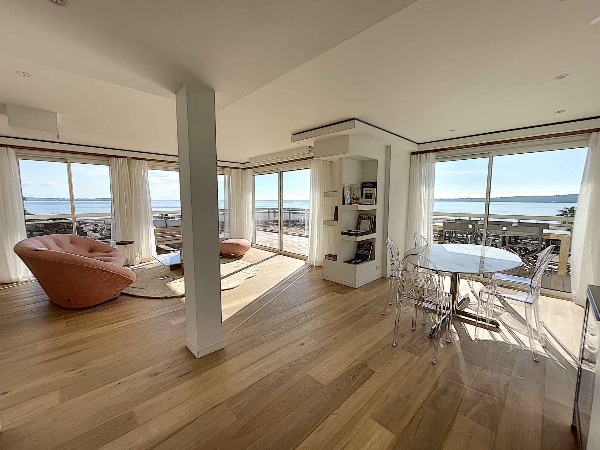 In front of sea - Penthouse 150 sqm terrace