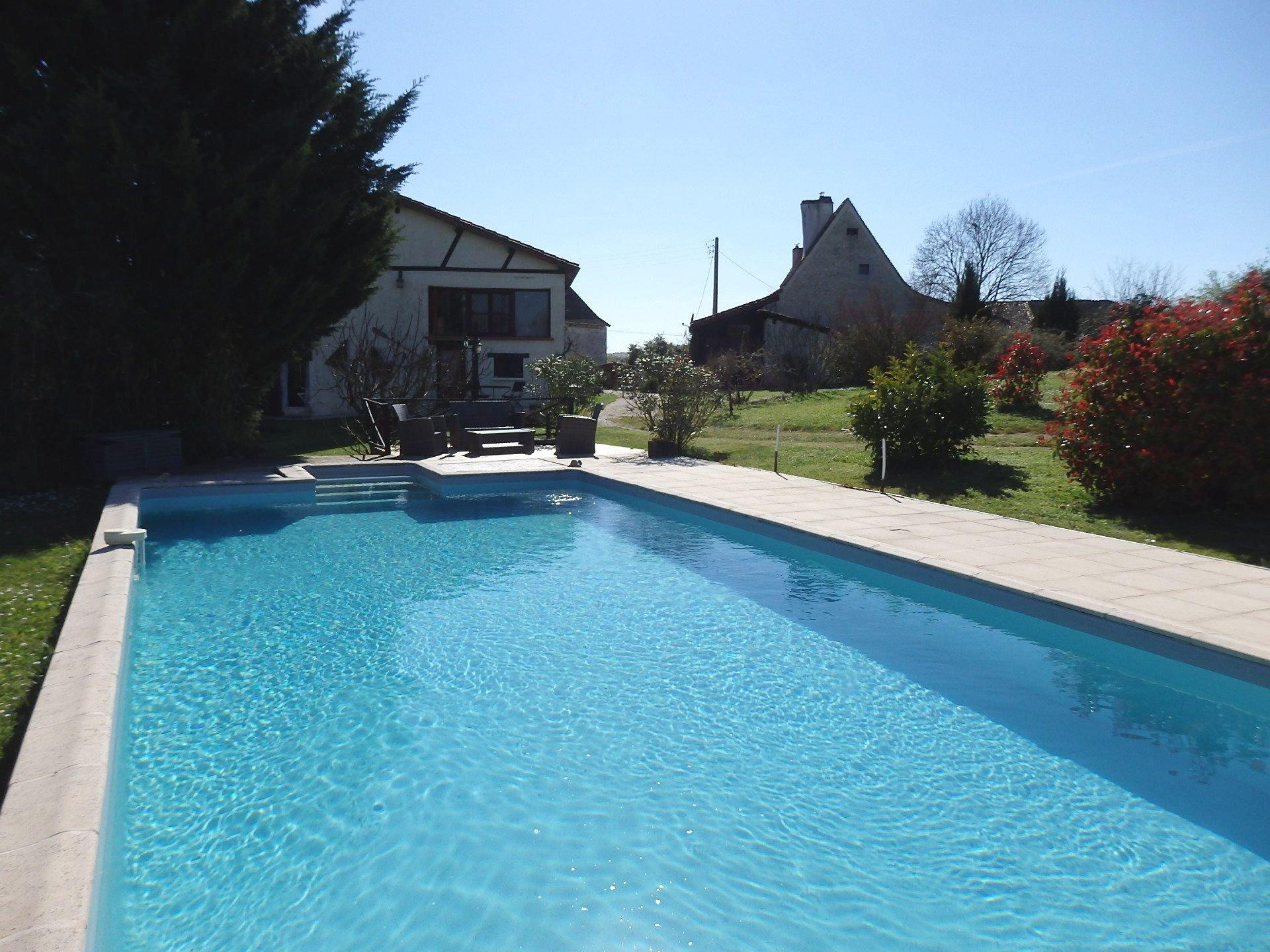 Périgourdian main house with 2 Gites & swimming pool