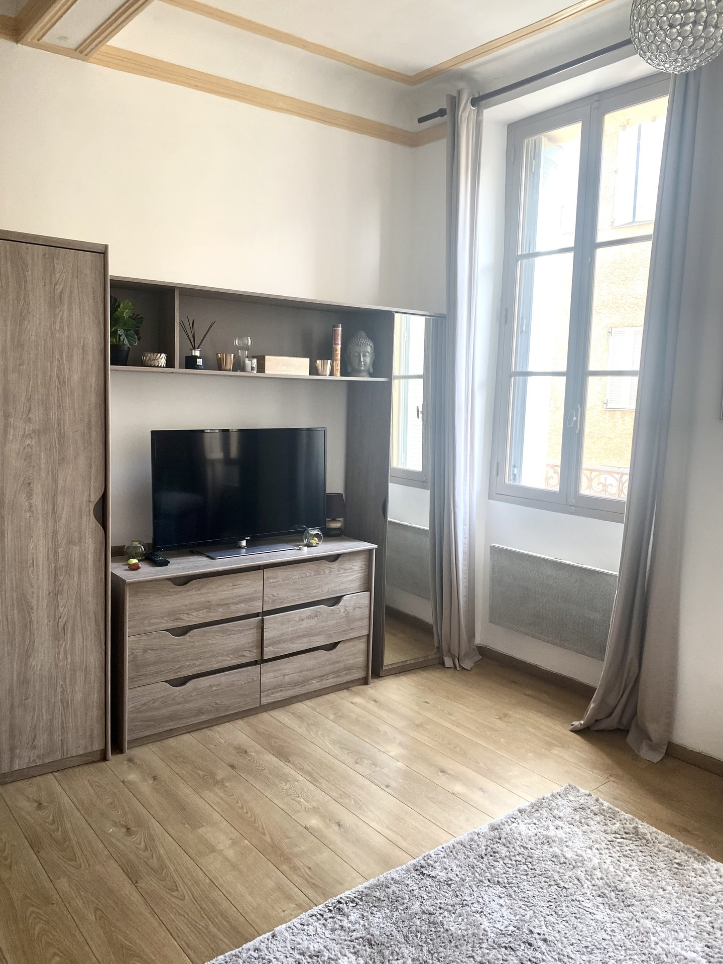 Beautiful studio in Le Suquet completely renovated