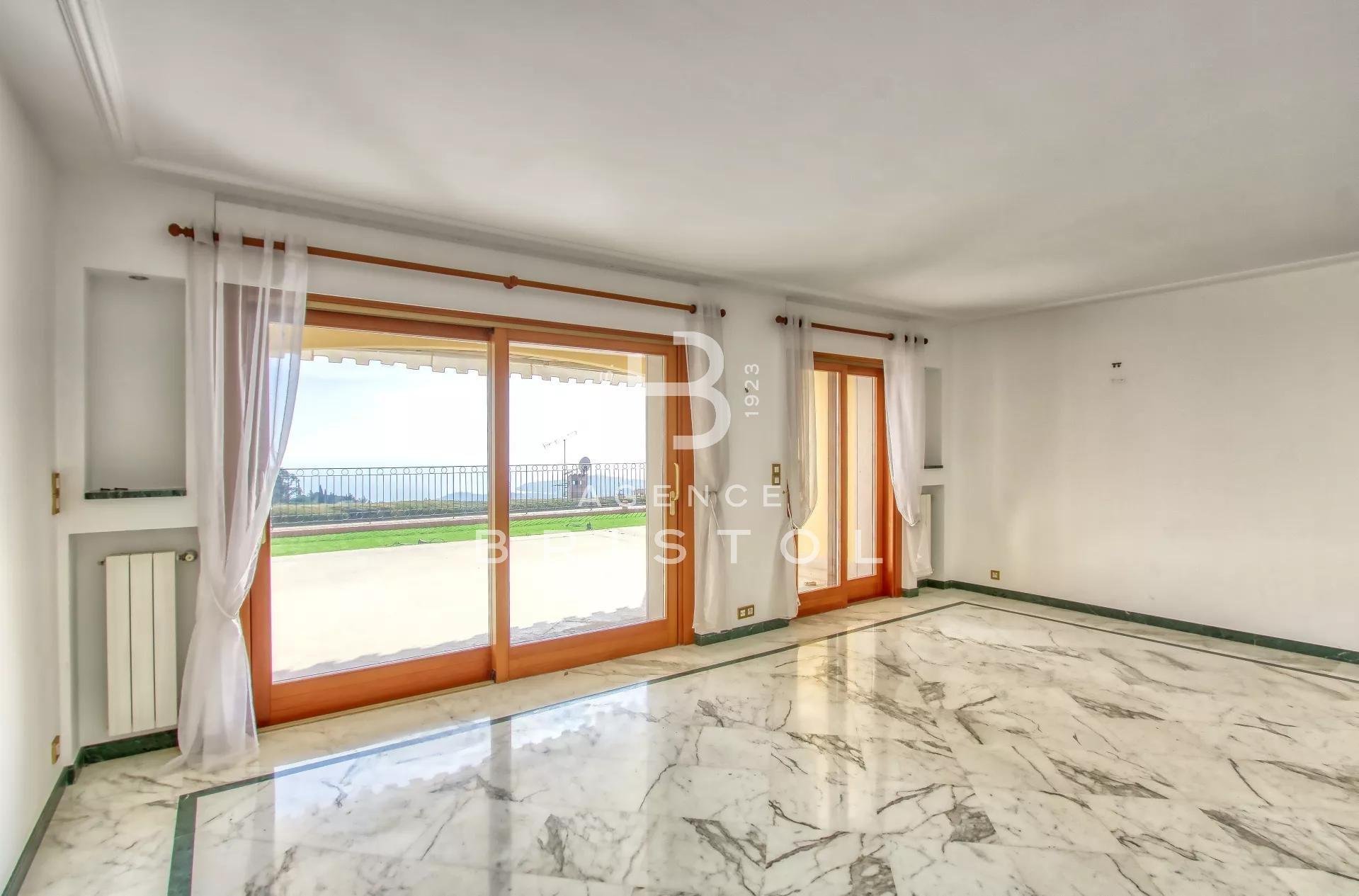 Superbe appartement-villa dans luxueuse résidence avec piscine et tennis