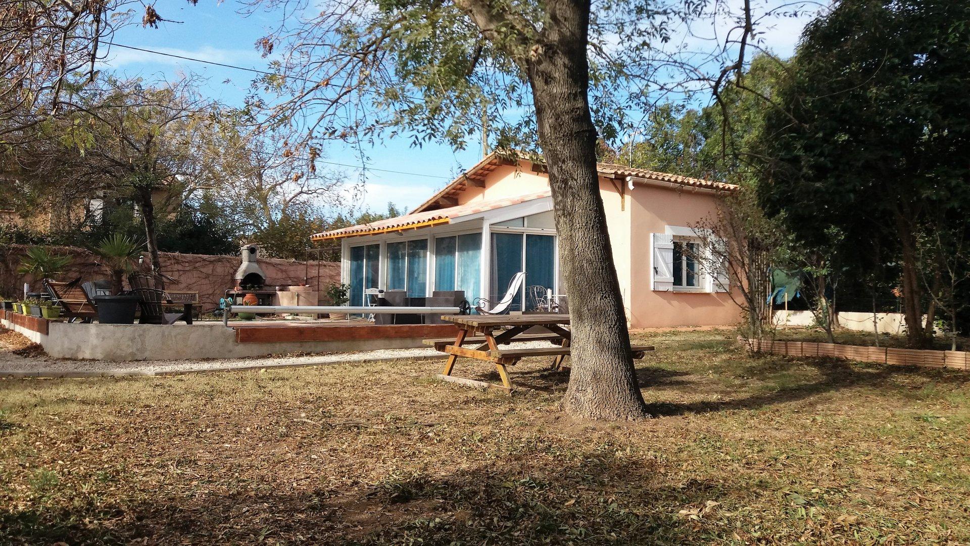 Villa  Type 2  plain -pied  sur un terrain  de 910 m²