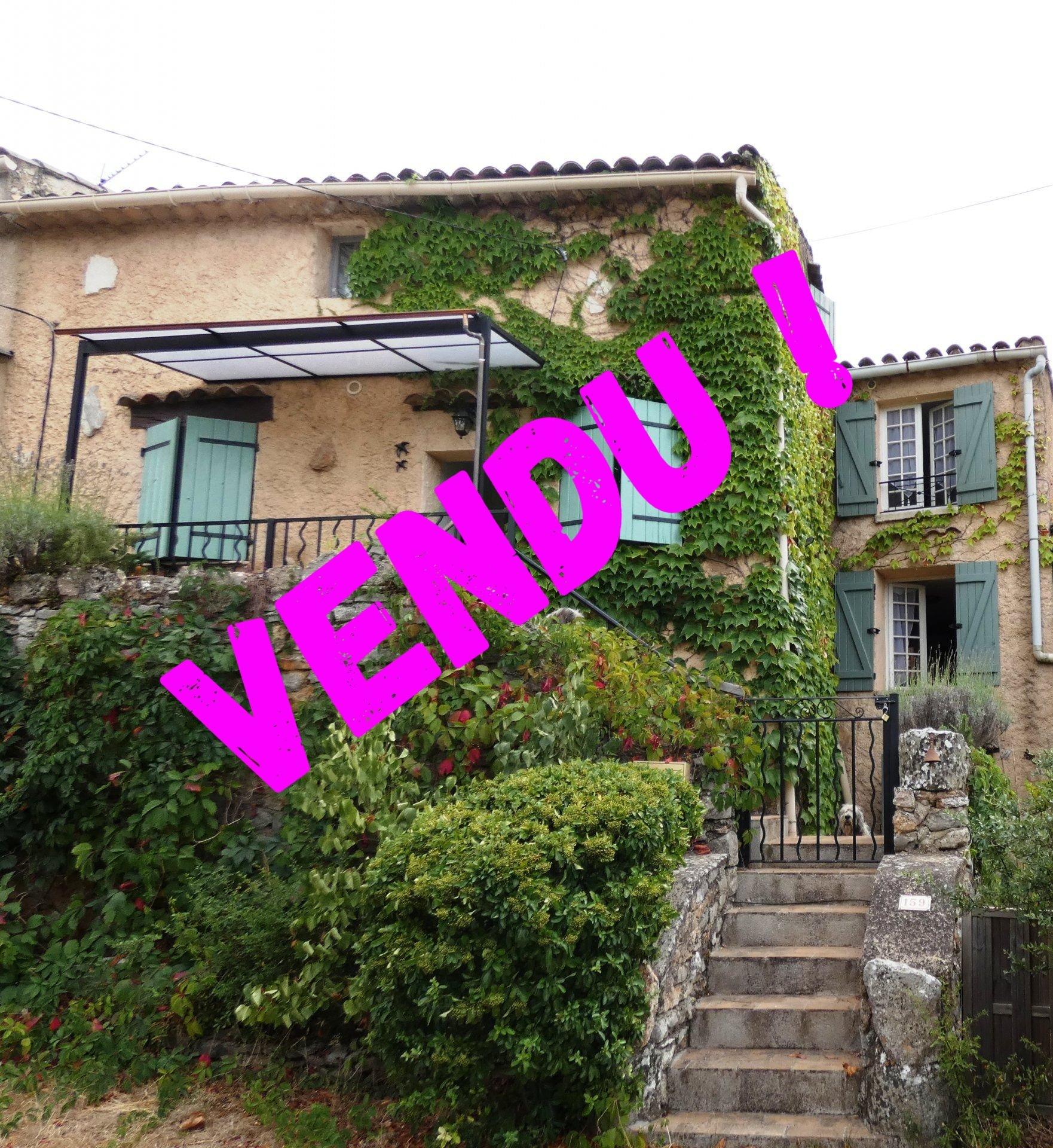 Sale Village house - Saint-Julien
