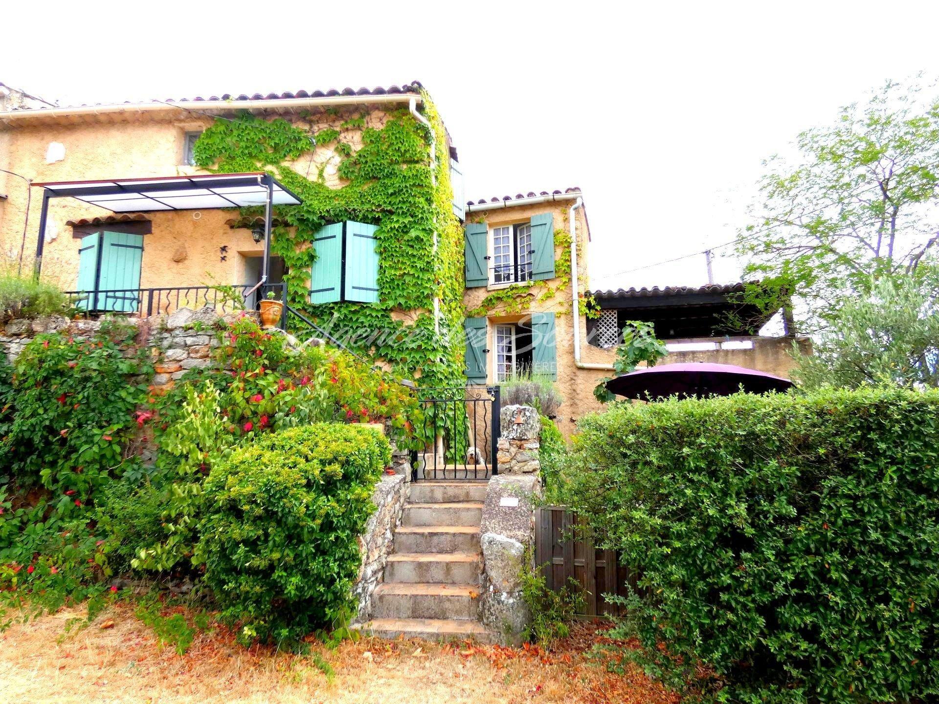 EXCLU : Maison hameau 2 habitations à St Julien