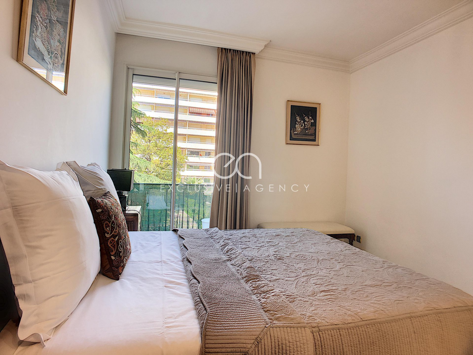 Accommodation Cannes Center 2 bedroom with terrace for 2 to 4 personnes