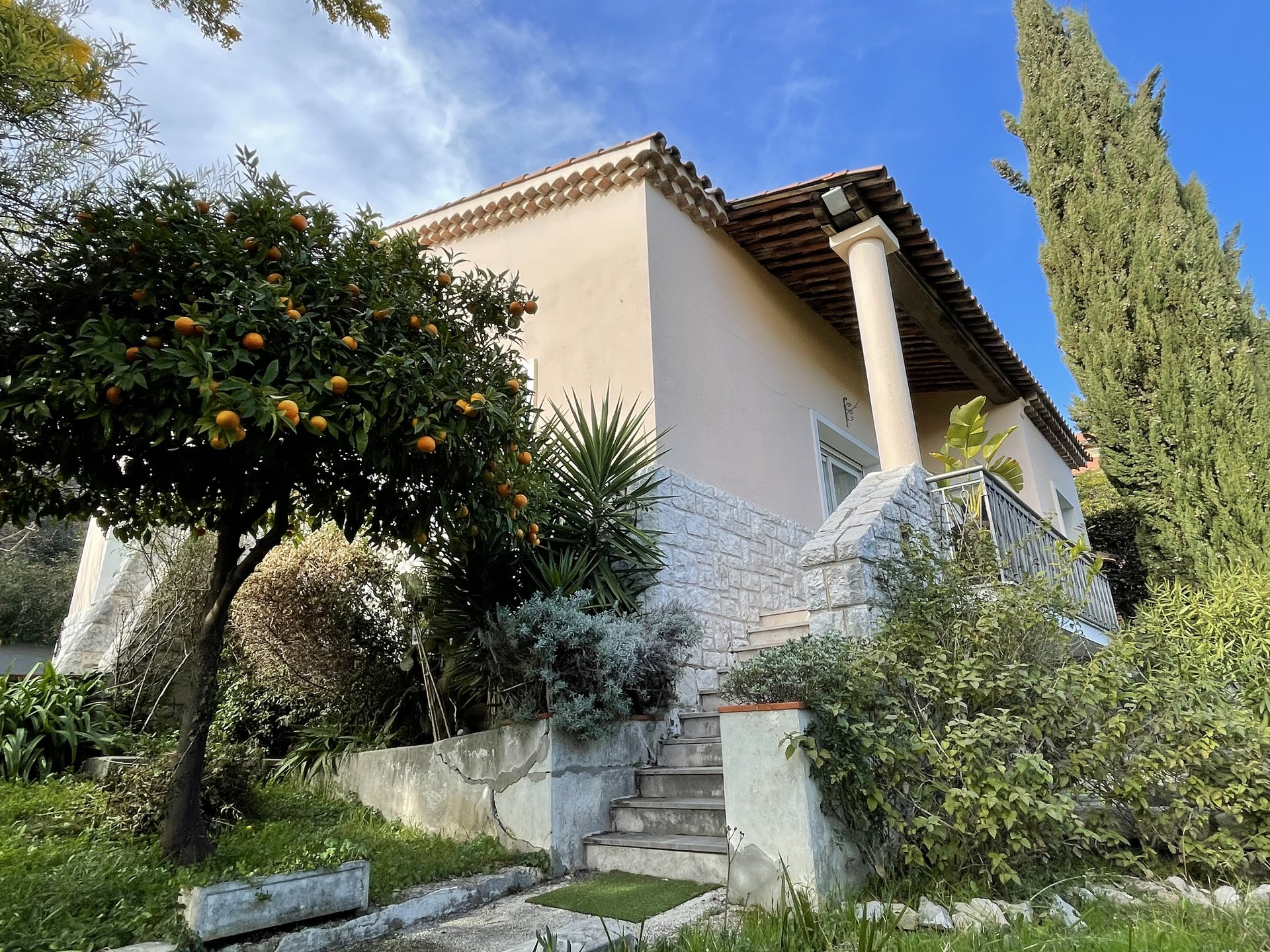 NICE CIMIEZ 4 bedroom-Villa, garden and swimming pool