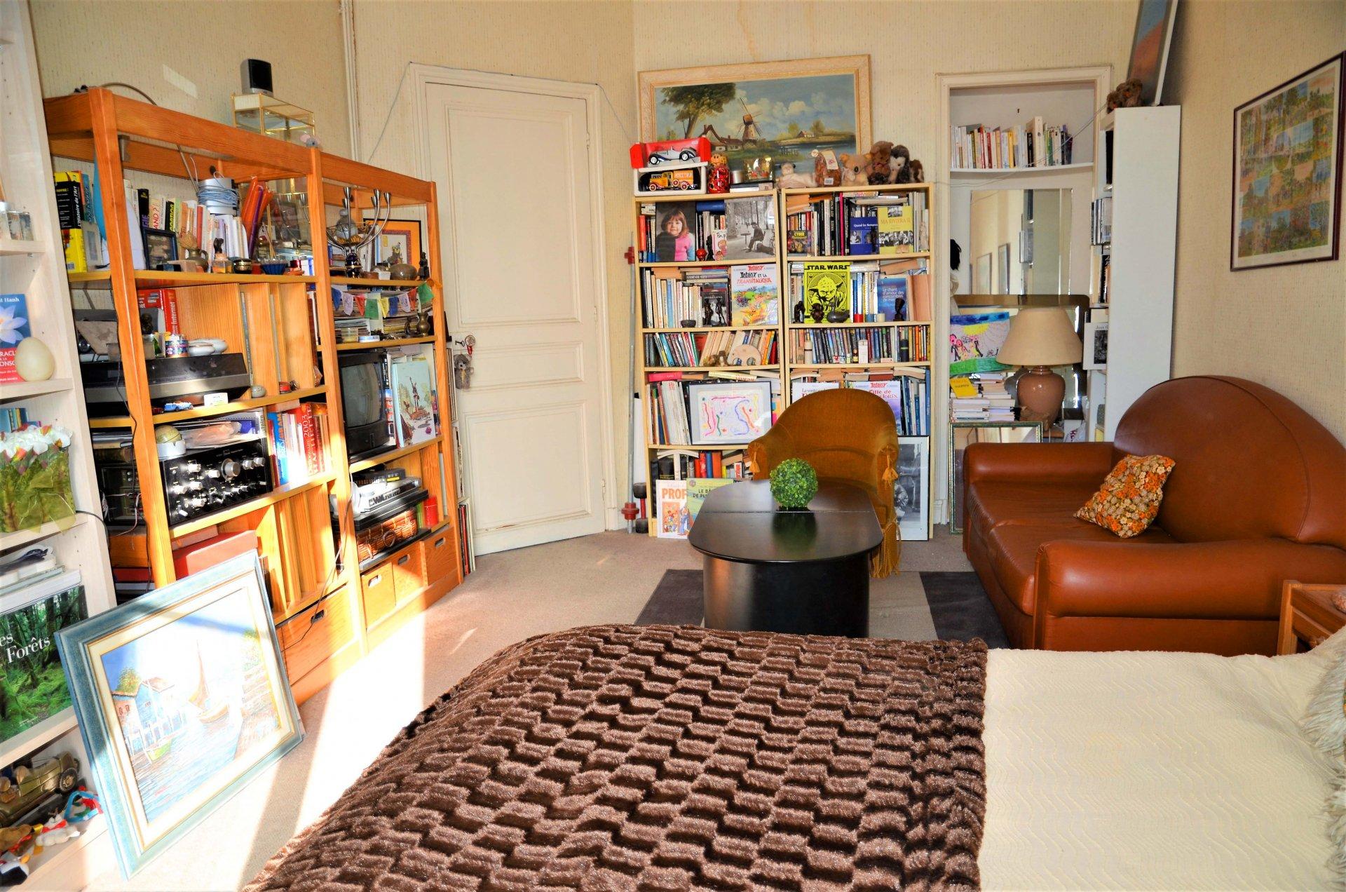 NICE Quartier des Poètes - STUDIO 40m² env.