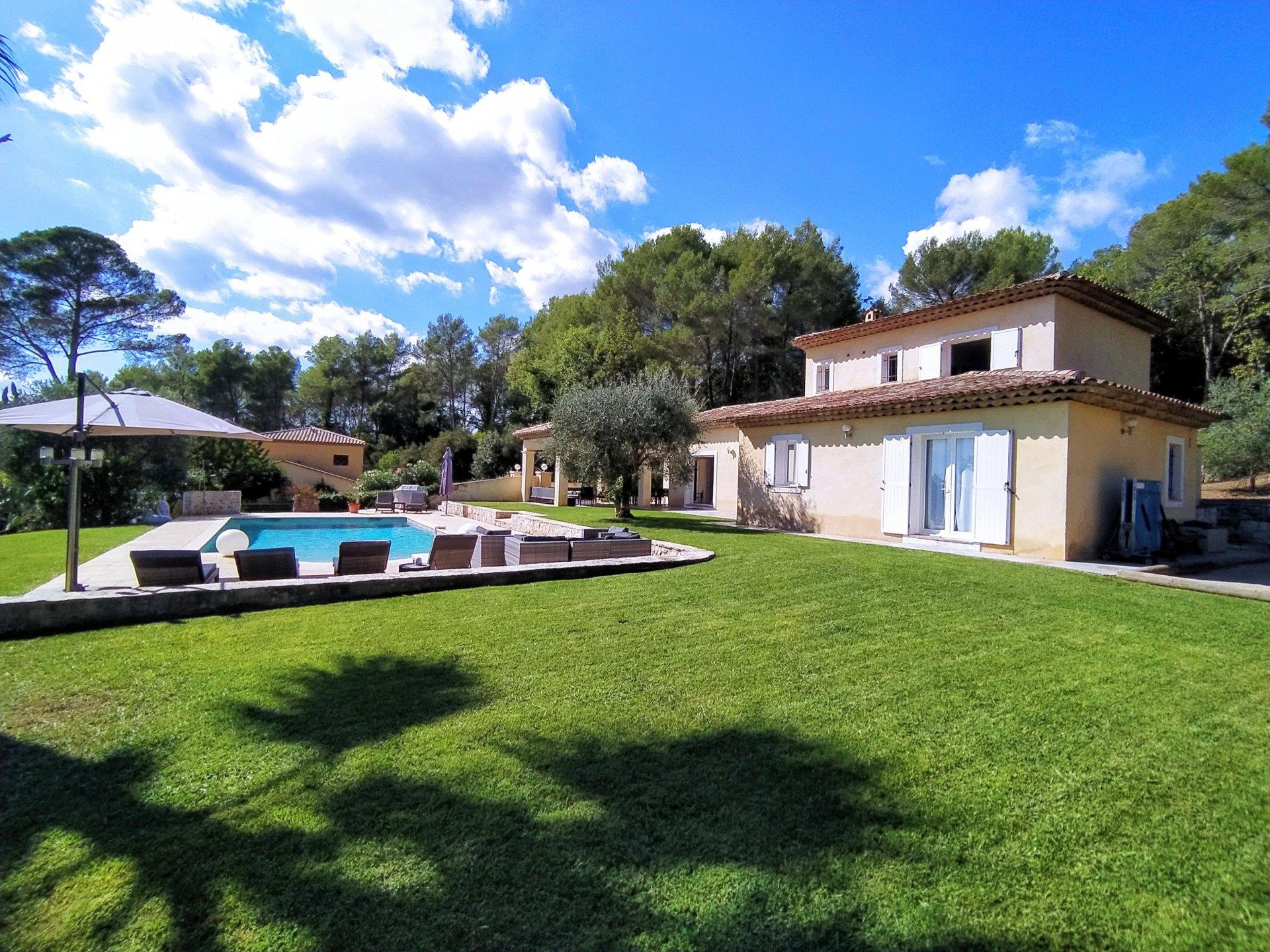 Sale Villa - Roquefort-les-Pins Bois-Nègre