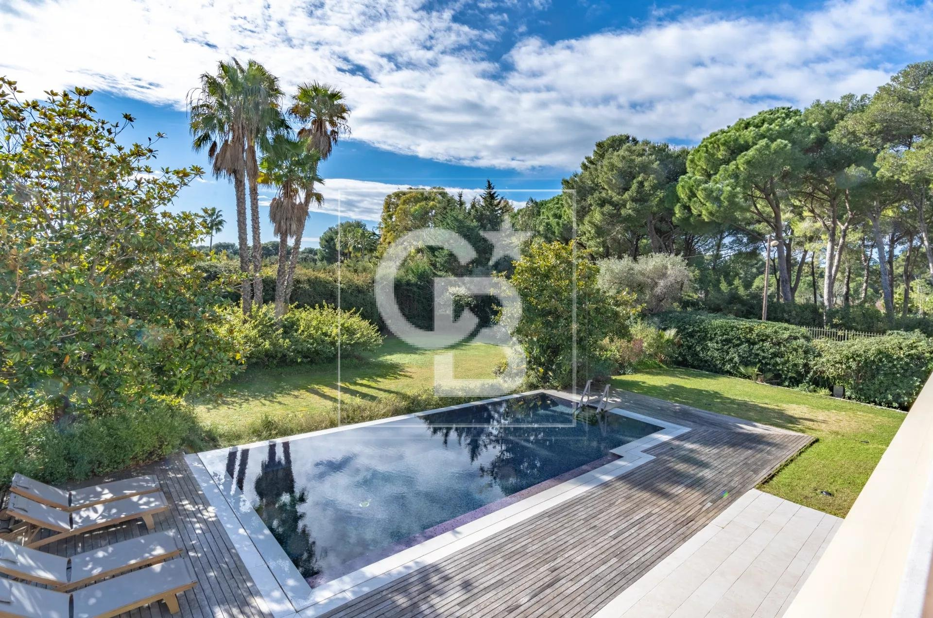 Nice property located in Cap d'Antibes