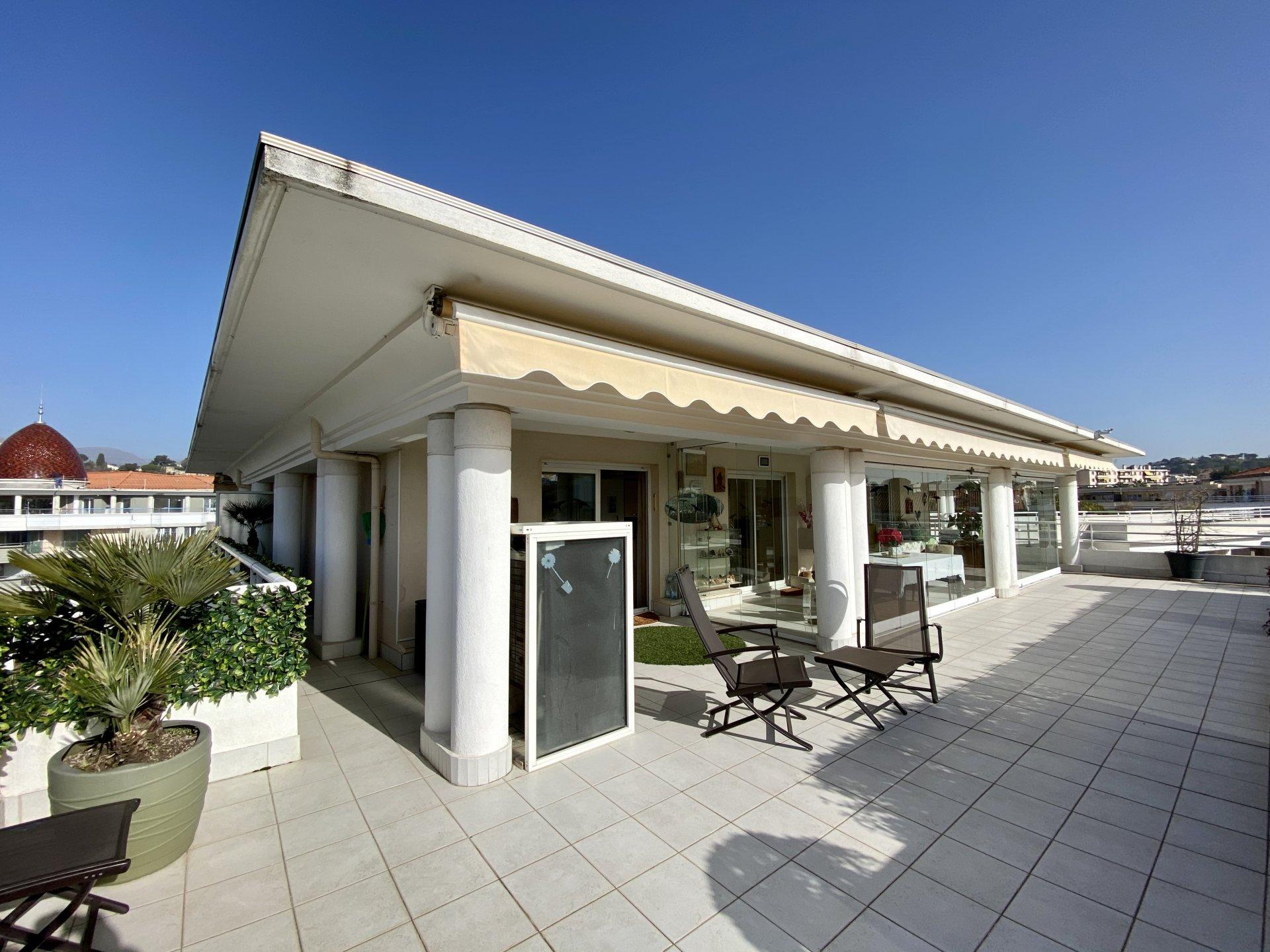 Vendita Appartamento - Cagnes-sur-Mer Béal