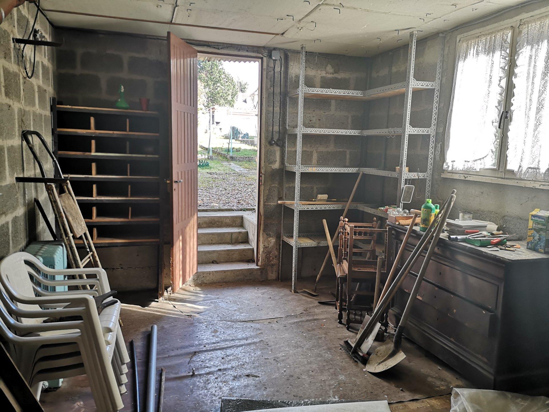 Une maison à Montataire avec dépendance