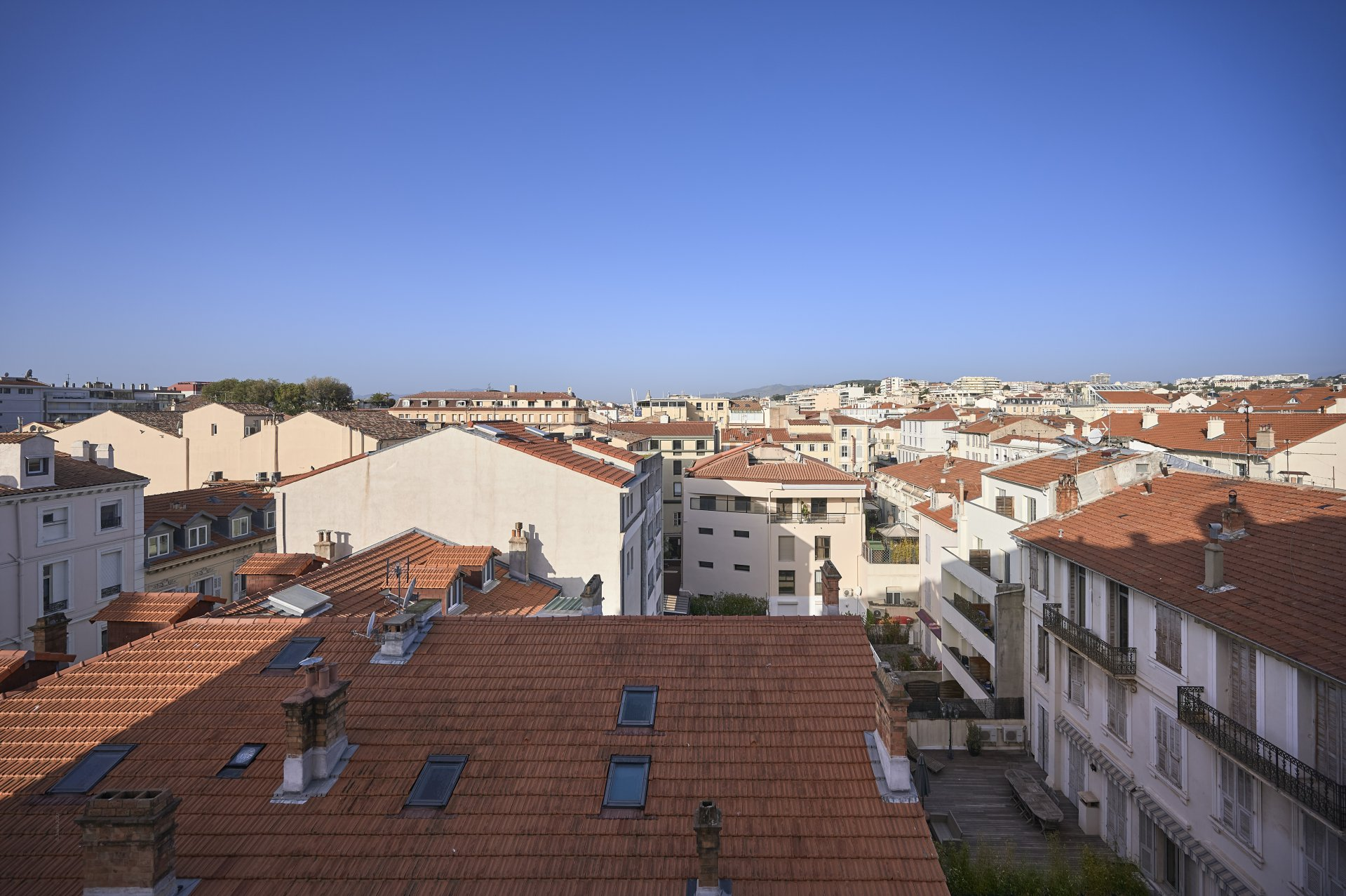 A vendre - 4 pièces contemporain en plein centre ville - Cannes Banane