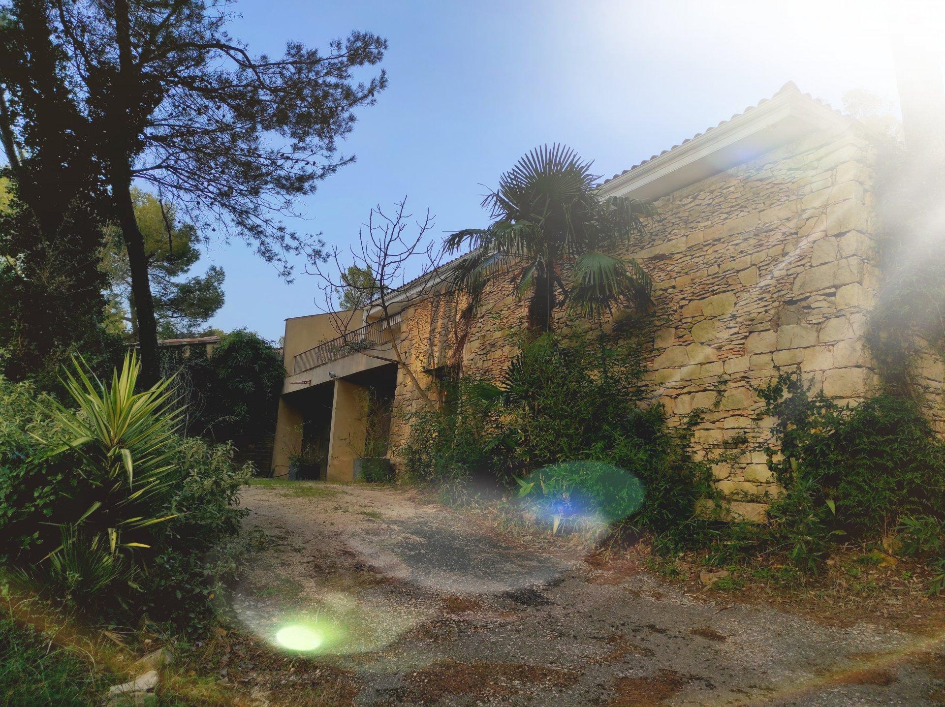 Sale Villa - Bagnols-sur-Cèze