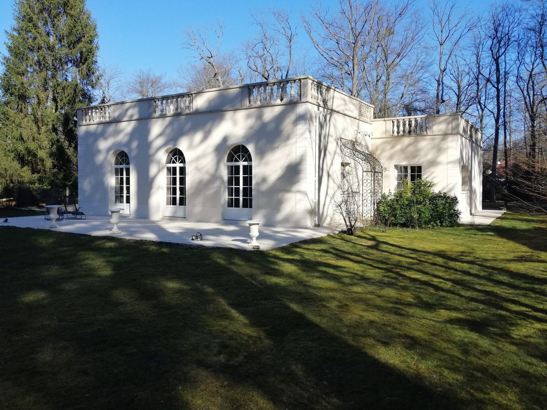 Propriété - Plain pied - 995 000 €