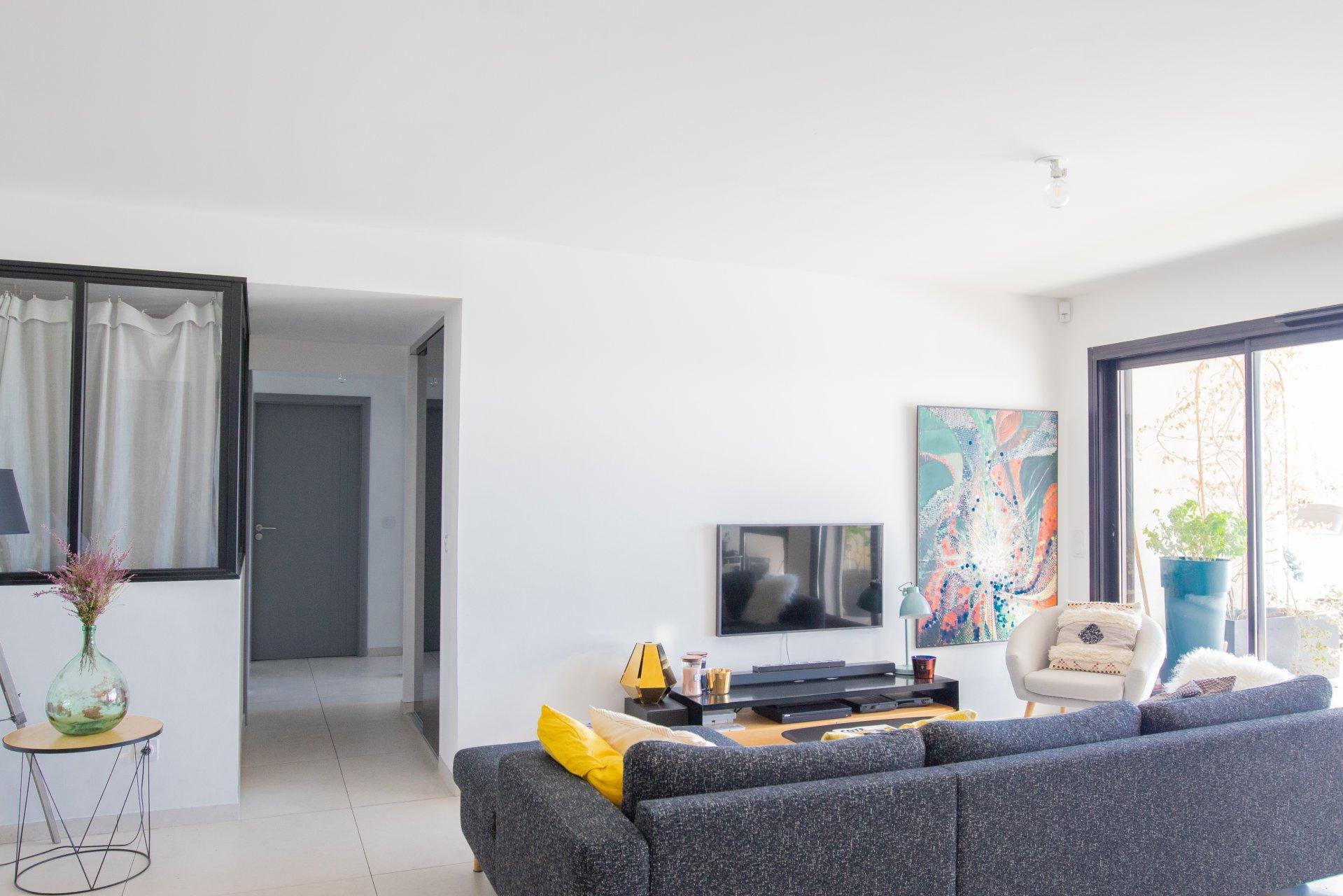 LE SCANDINAVE  - Appartement T4 de 92 m² - Terrasse 30 m² - Piscine - 13012