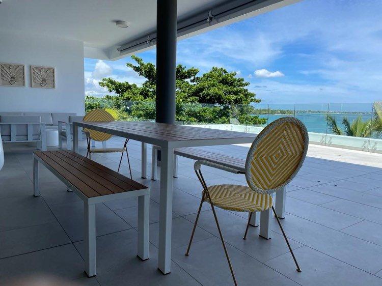 Brand new beachfront 4bedroom penthouse to rent