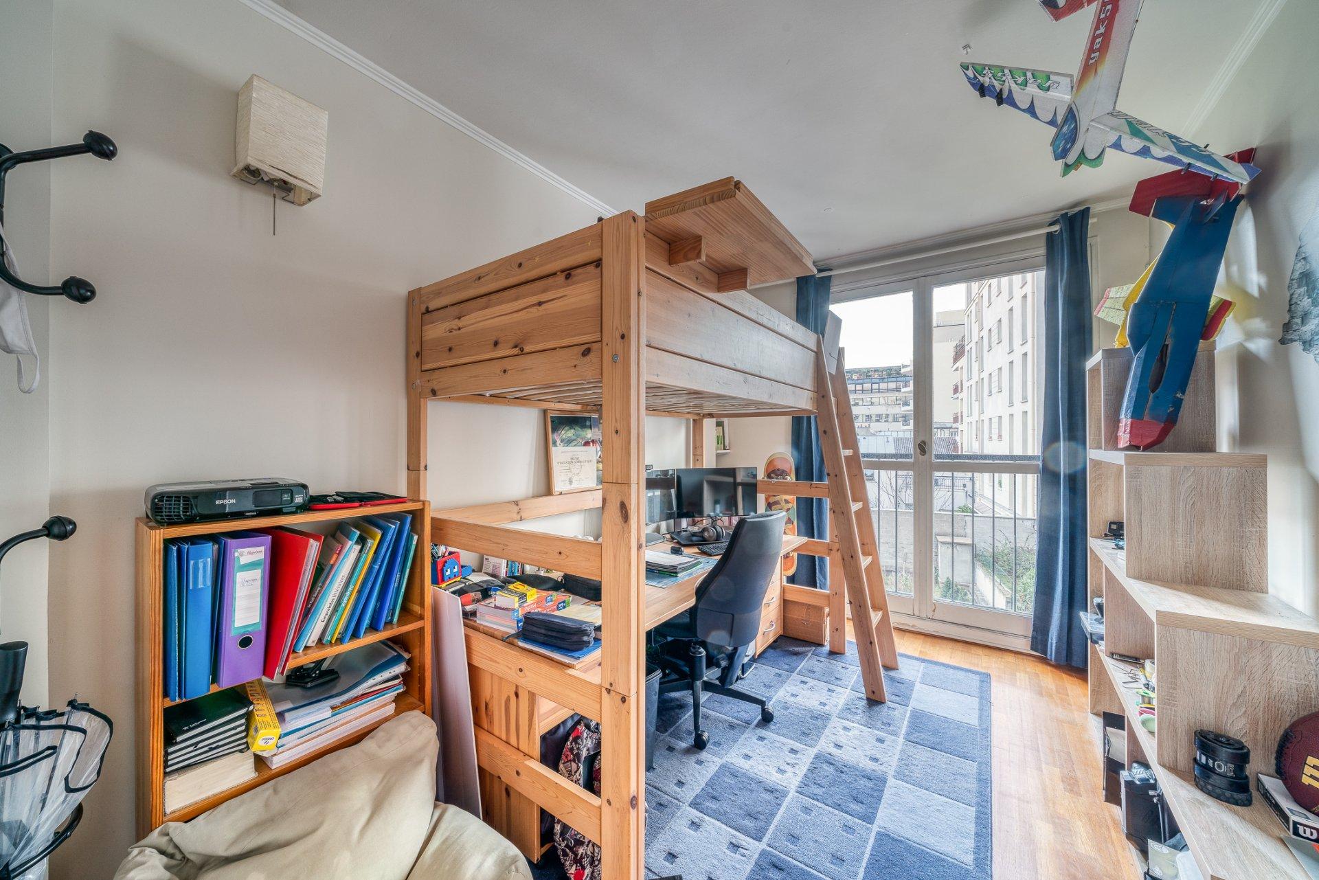 A vende appartement de 4 pièces - Parc de la planchette