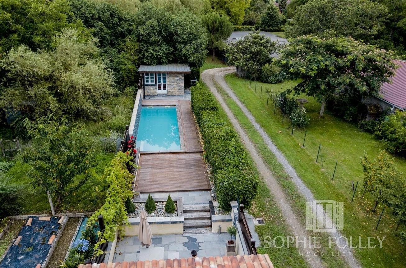 3-bedroom village house with pool