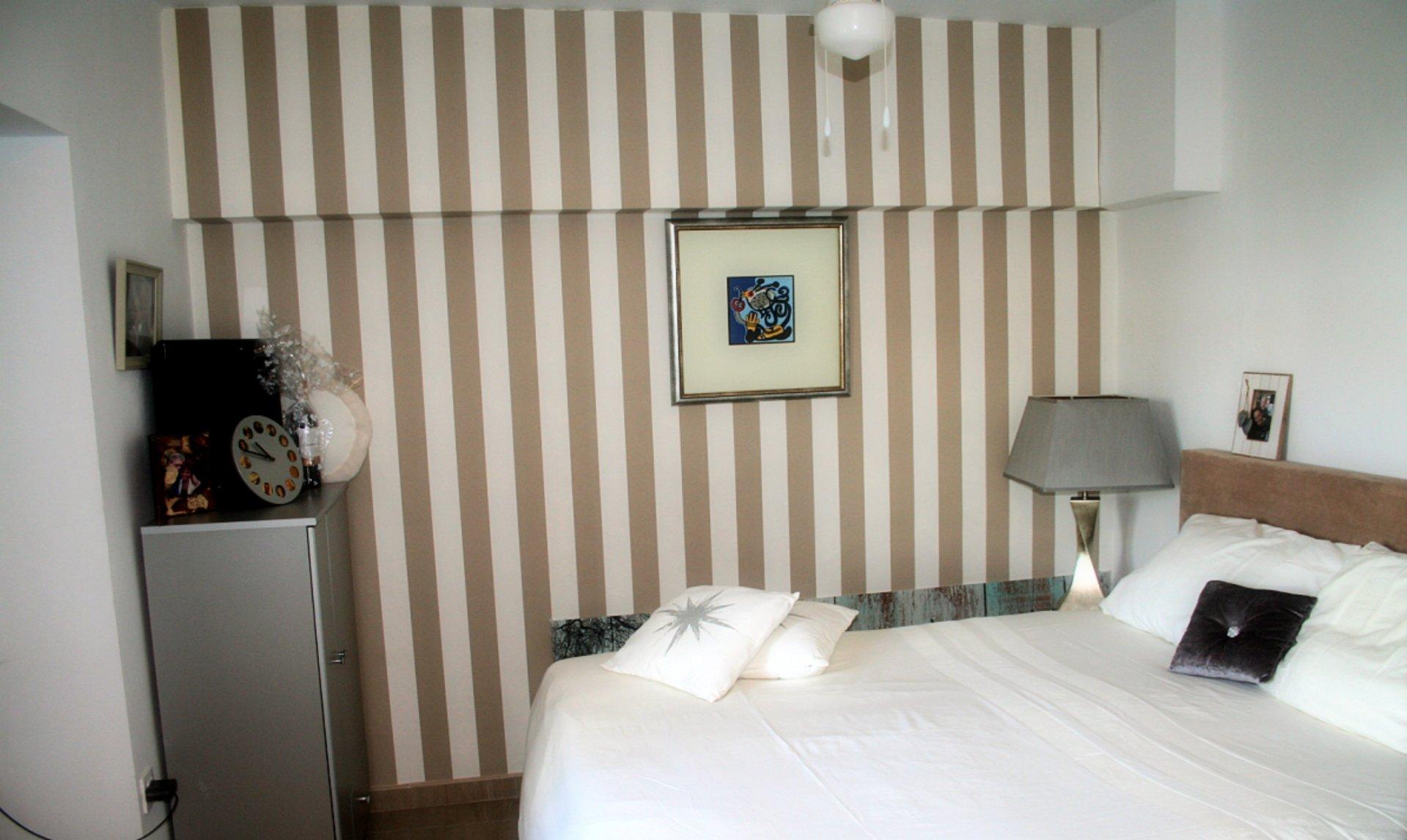 Villa independiente completamente renovada con amplio apartamento de invitados