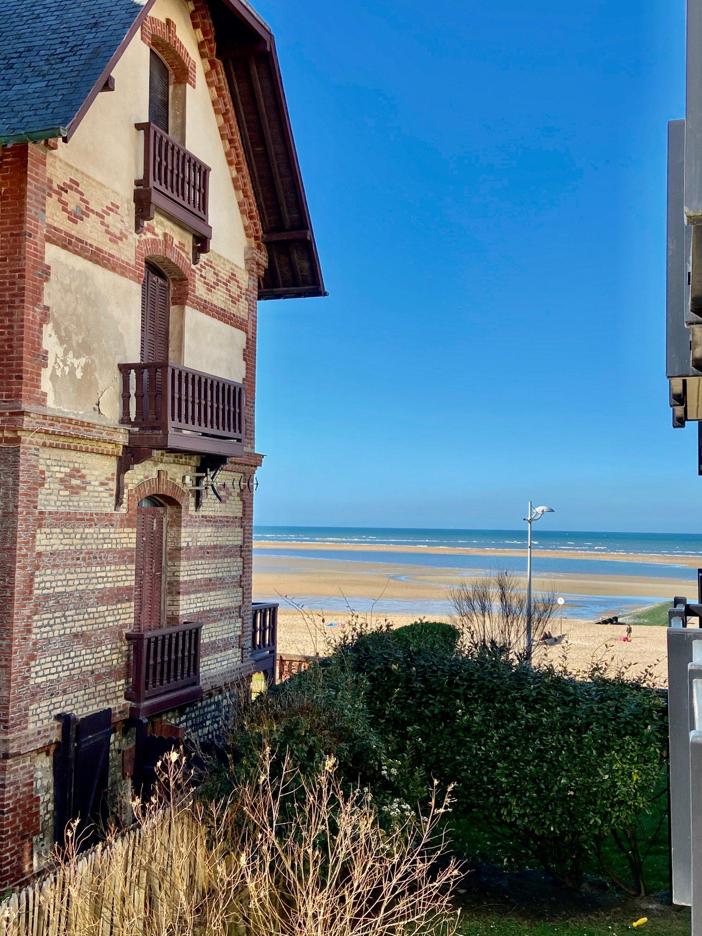 Front de Mer accès direct plage ...