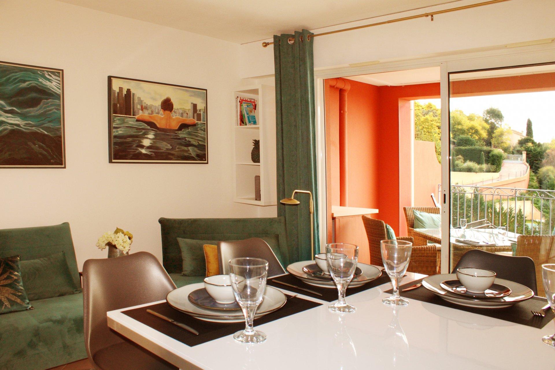 Sehr schöne 2-Zimmer-Wohnung, Meerblick, Wifi  - RO 6 -