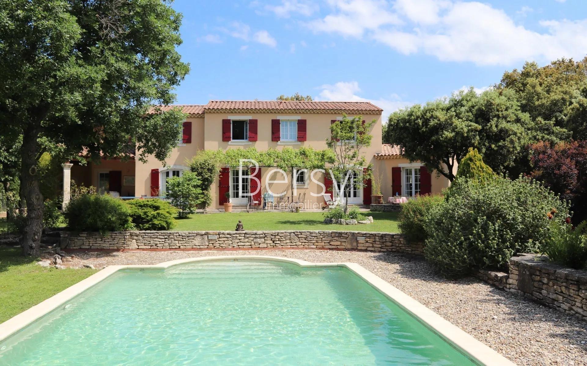 Bastide Provençal of 205m2 on 2130 m2 o... € 599,000