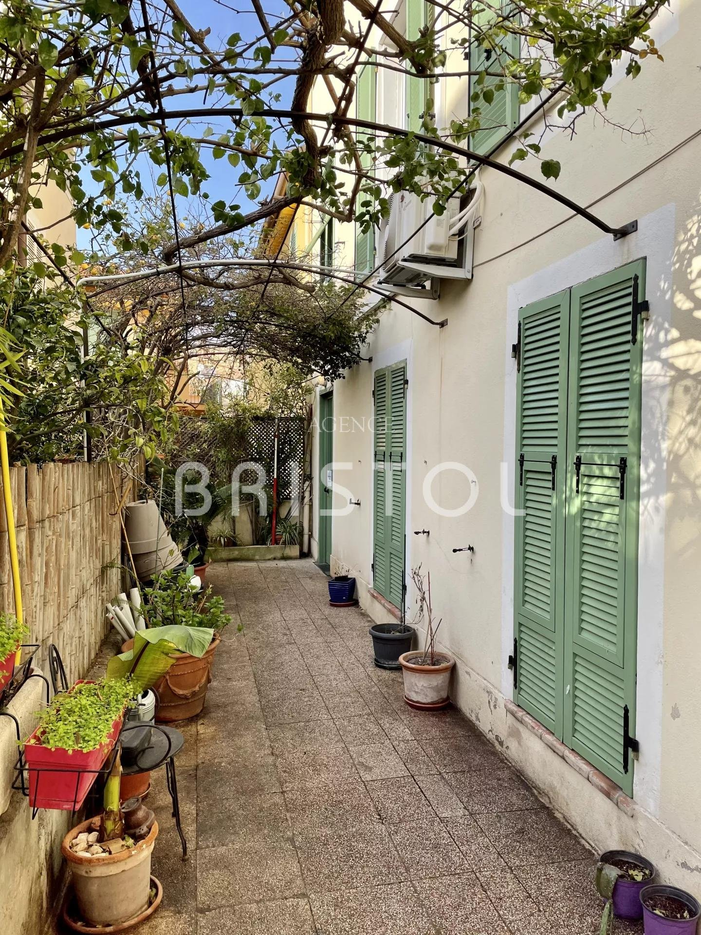 Top floor in a charming old house in the heart of the village