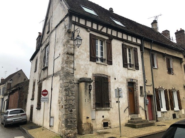 Sale Apartment - Villeneuve-sur-Yonne