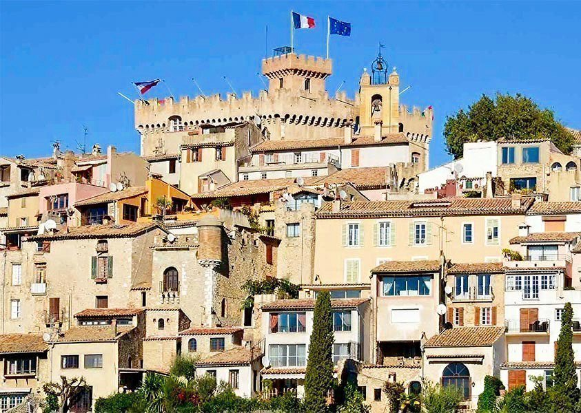 CAGNES-SUR-MER - French Riviera - 3 bed Apartment - Sea view