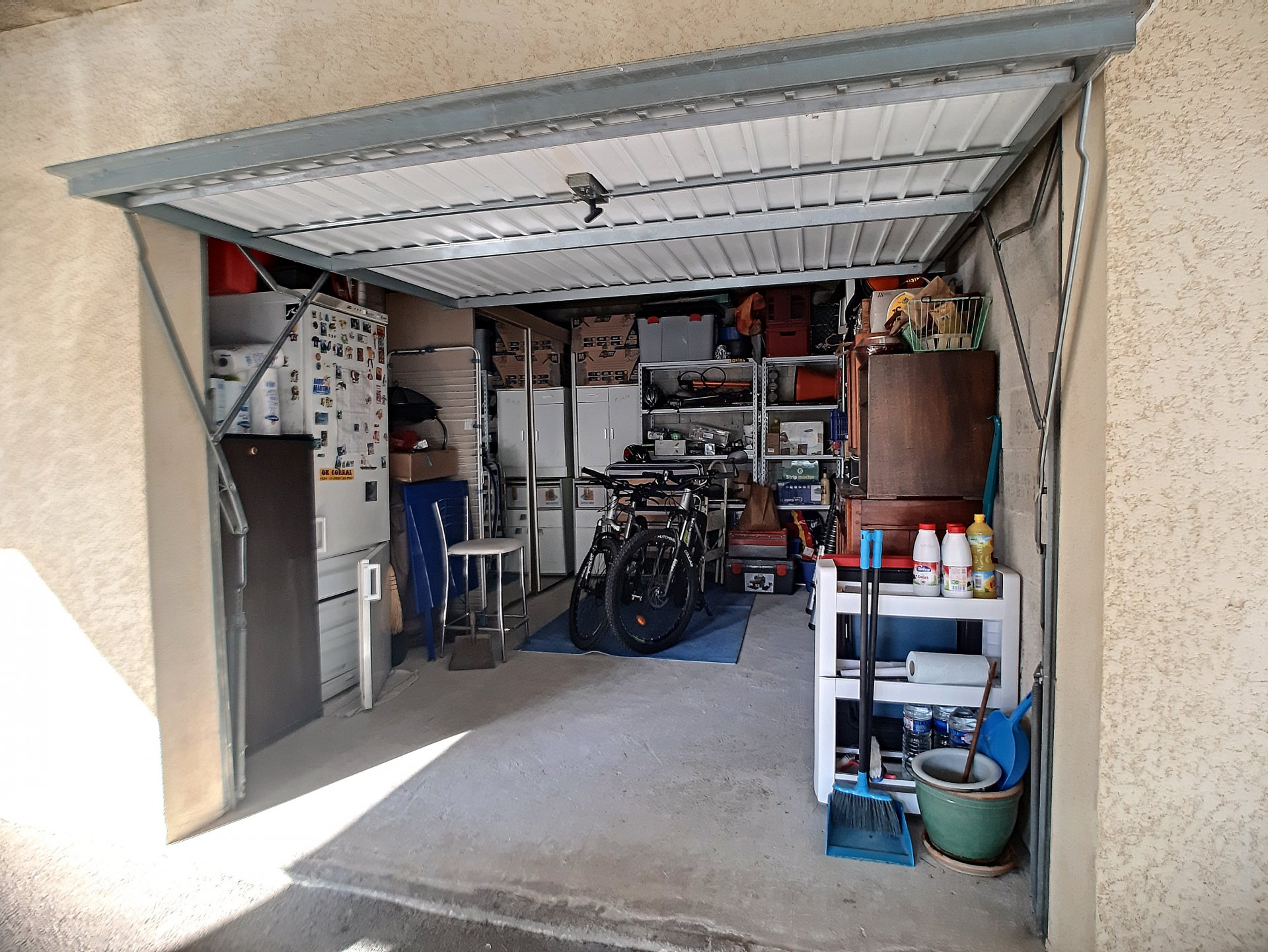 APPARTEMENT T3 AVEC BALCON GARAGE ET PARKING