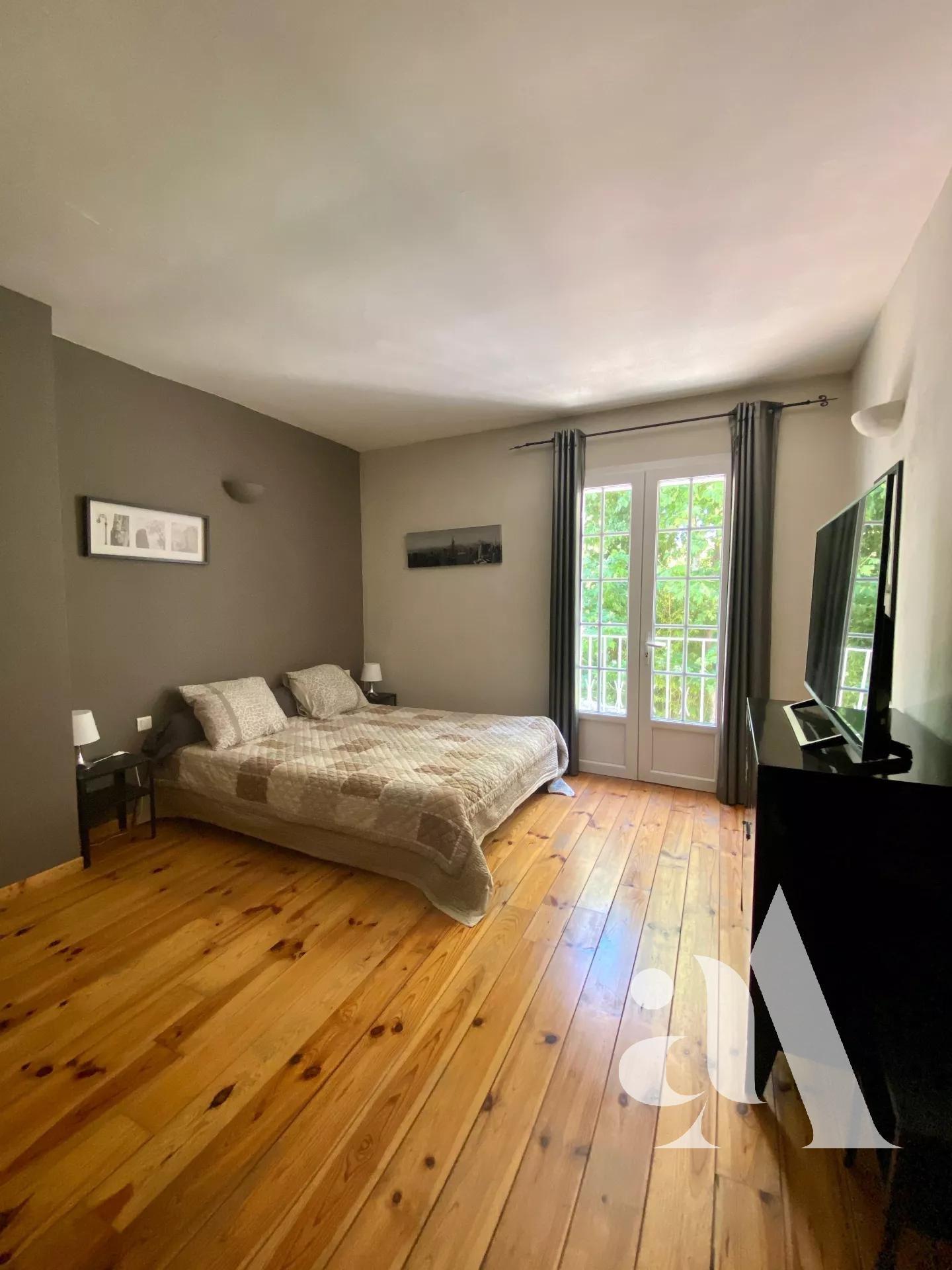 MAISON DE L'ISLE - L'ISLE SUR LA SORGUE - PROVENCE - 5 bedrooms - 12 people