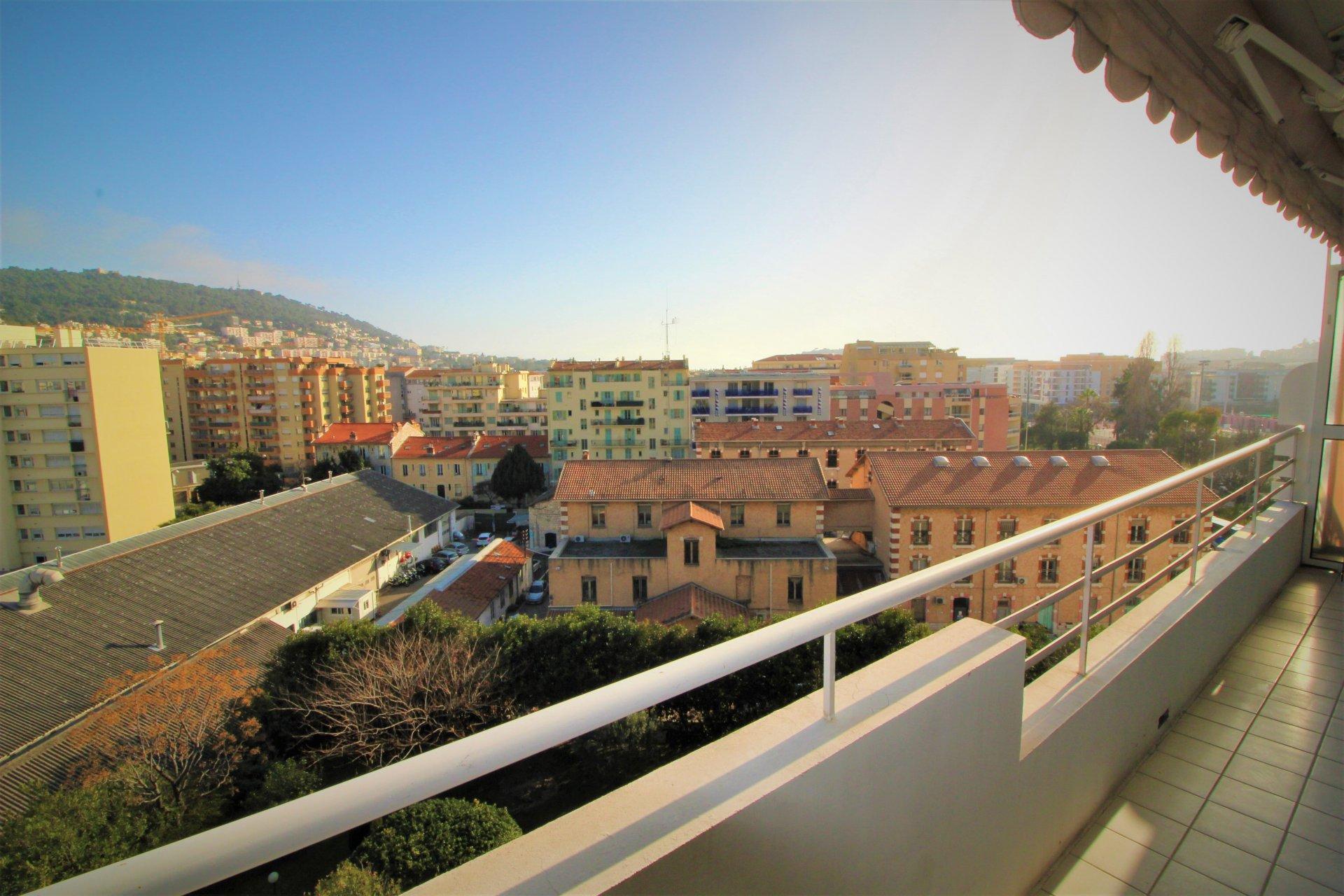 NICE Saint Roch T4 étage élevé avec terrasse&garage