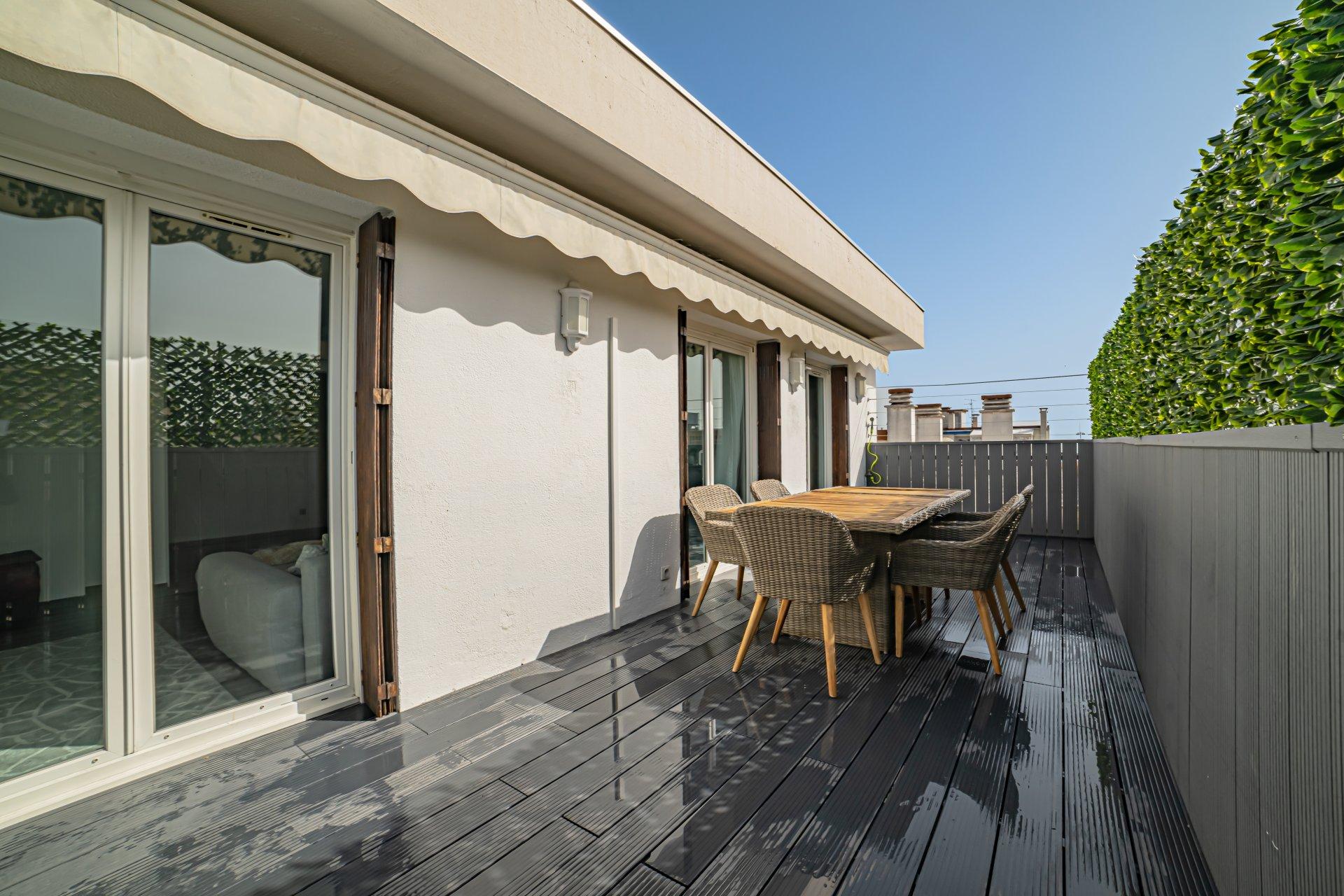 Nice Ouest. Carras/Ferber - 3P Terrasse Dernier Etage