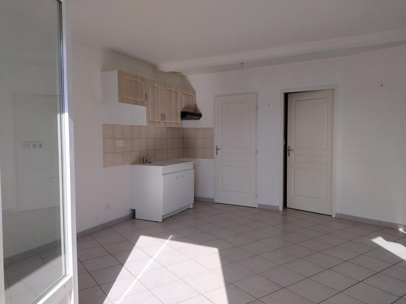 Location Appartement - Mézériat