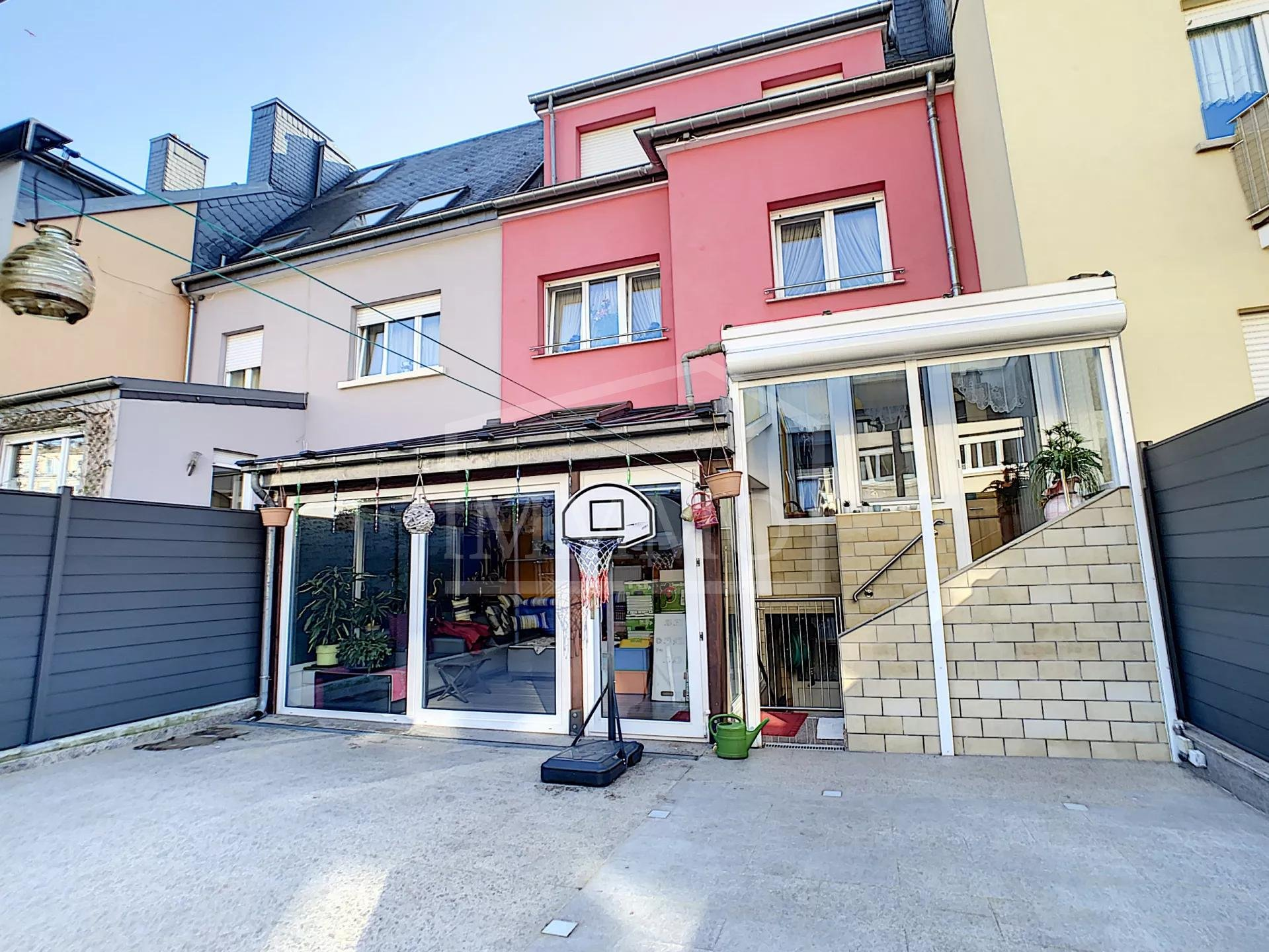 Sale House - Luxembourg Bonnevoie - Luxembourg