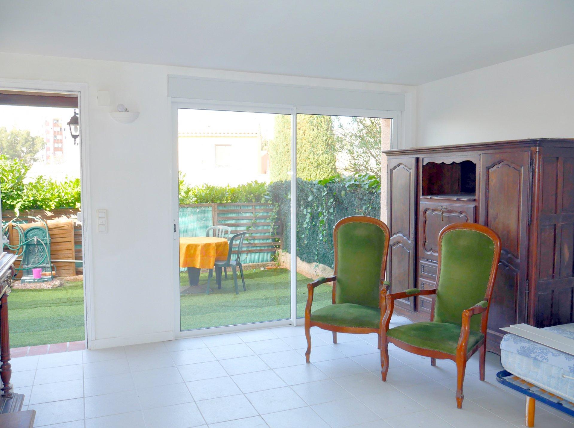 Studio Rez-de-villa ST RAPHAEL