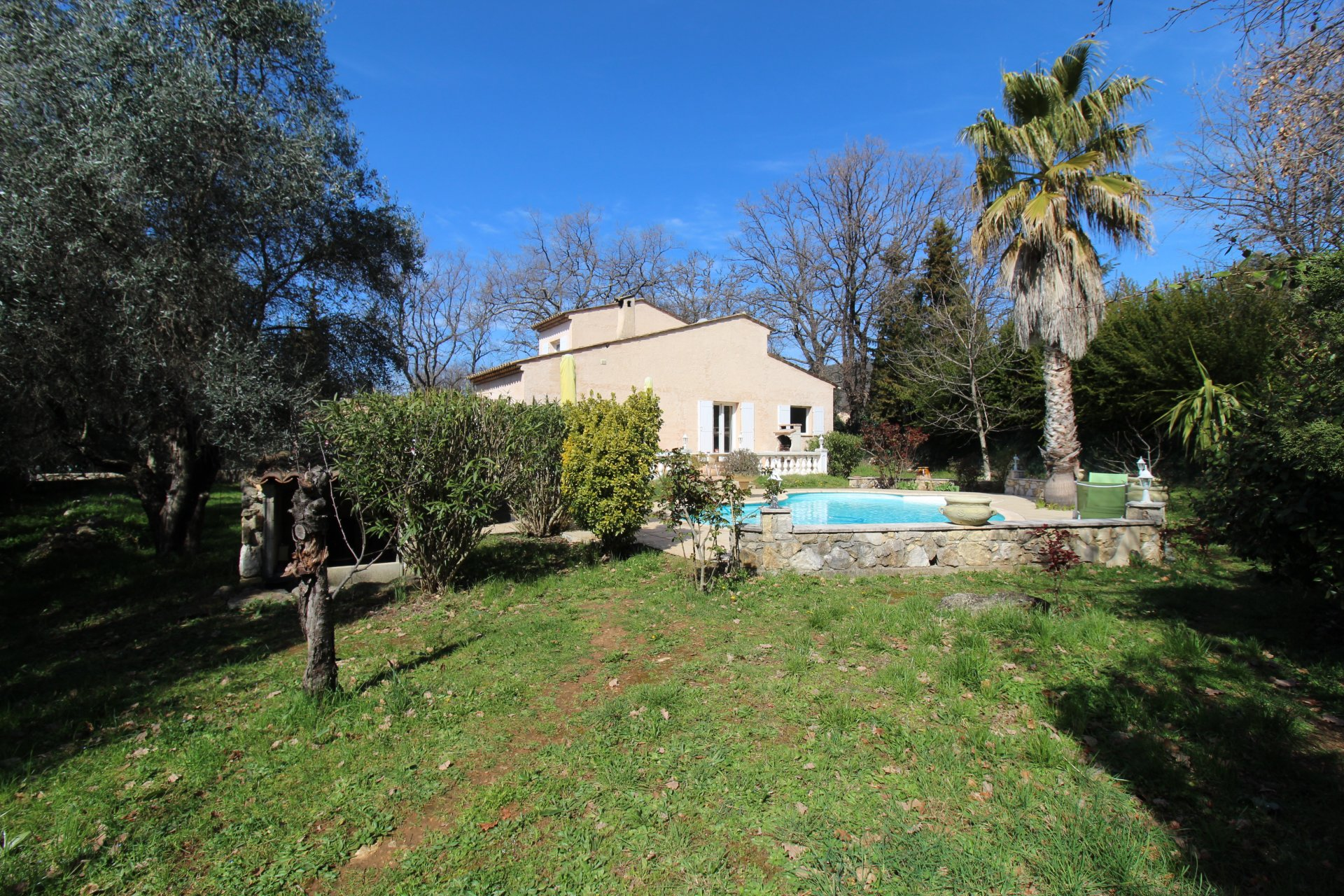 3 Bedroomed Villa with pool and land of 1500m² - SAINT CEZAIRE SUR SIAGNE