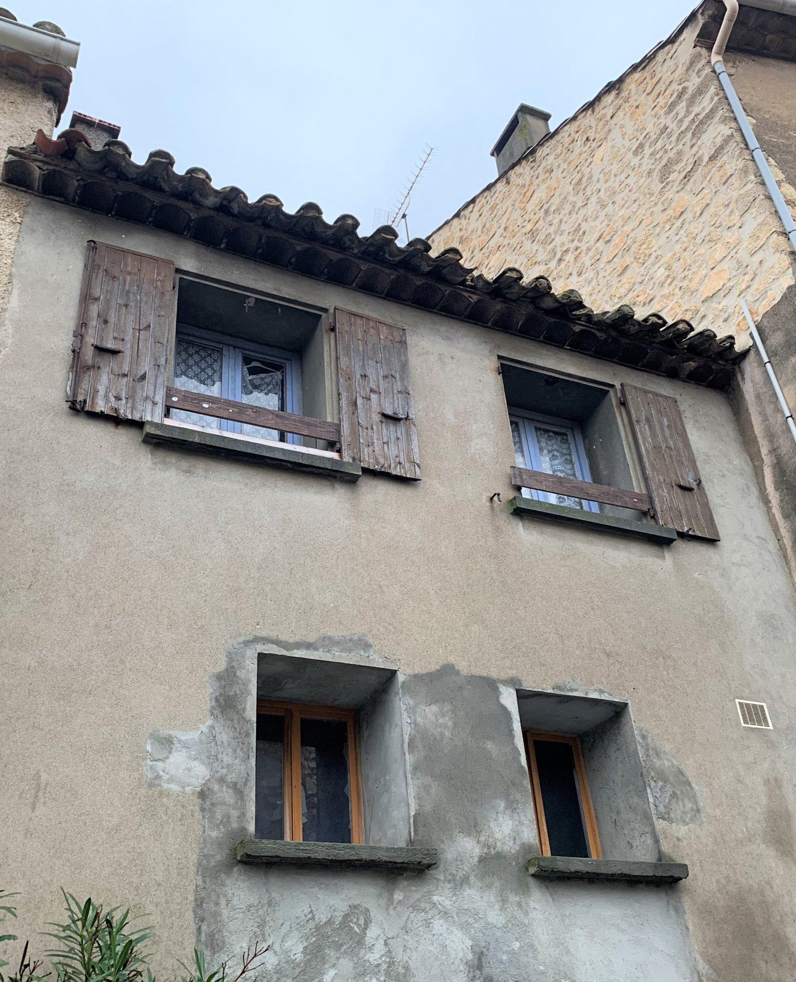 Sale House - Roquefort-des-Corbières