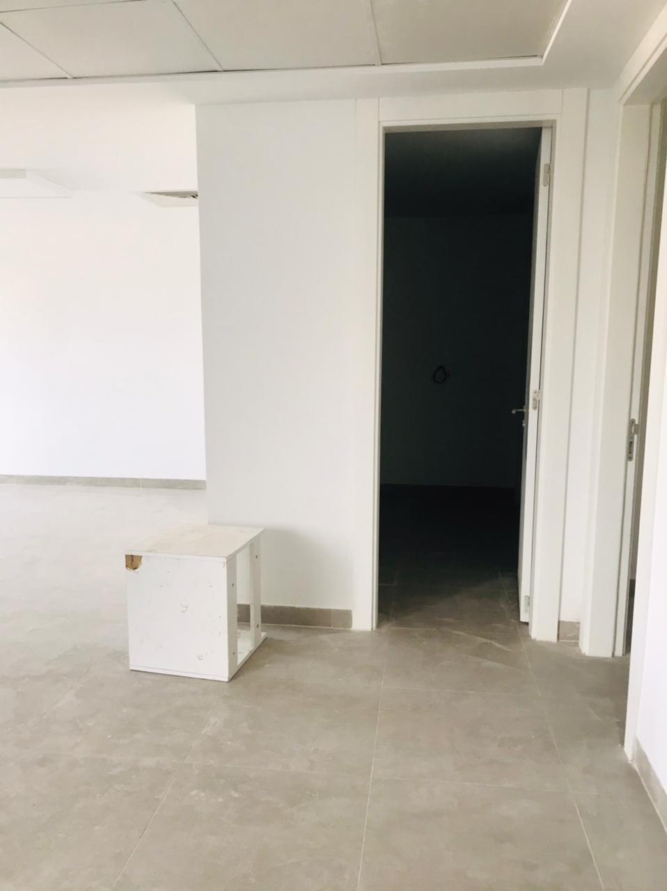 A vendre un Bureau de 190.21m² aux jardins de Carthage