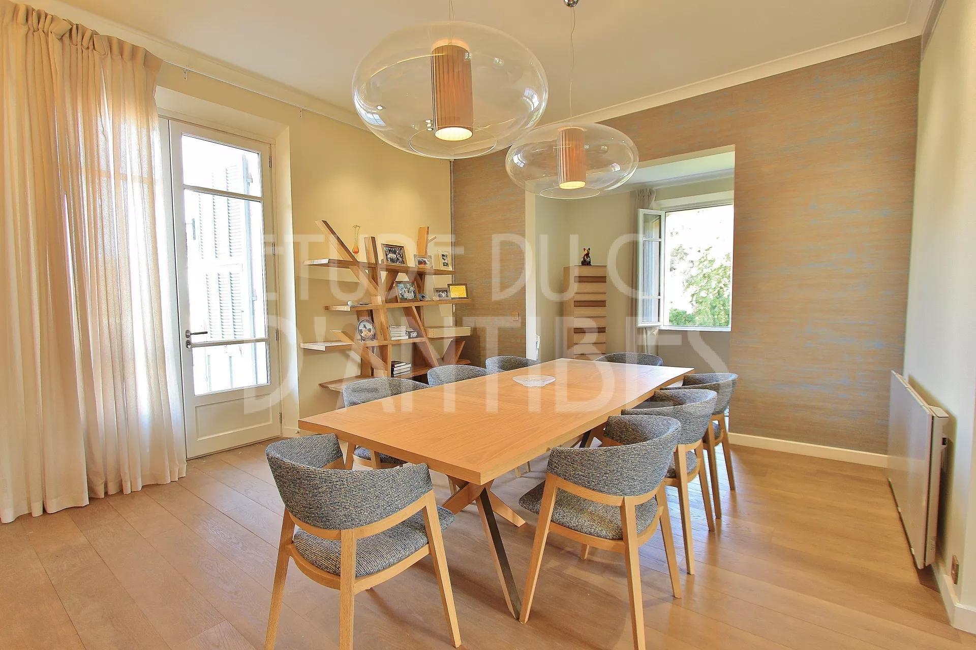Apartment to rent - Cap d'Antibes - Sea views