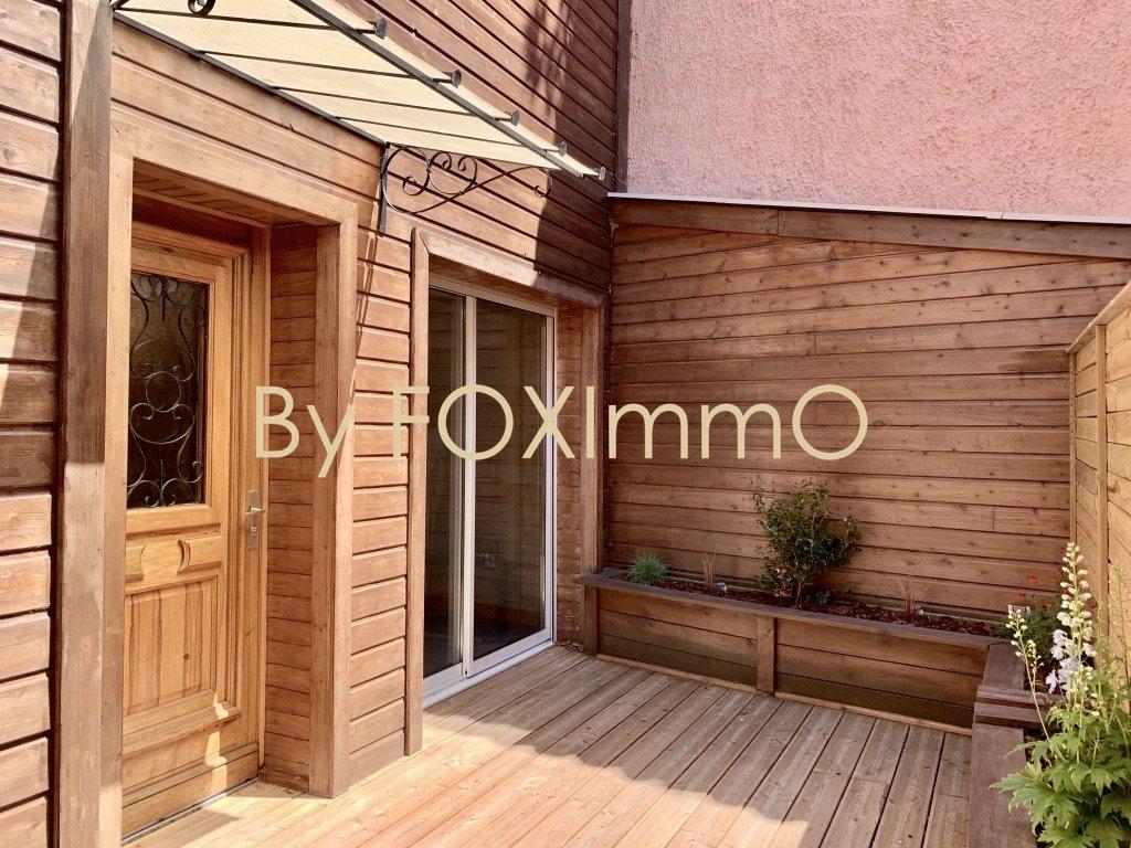 RARE : T2 rénové en duplex indépendant et terrasse – secteur Grandclément côté Lyon 3 –